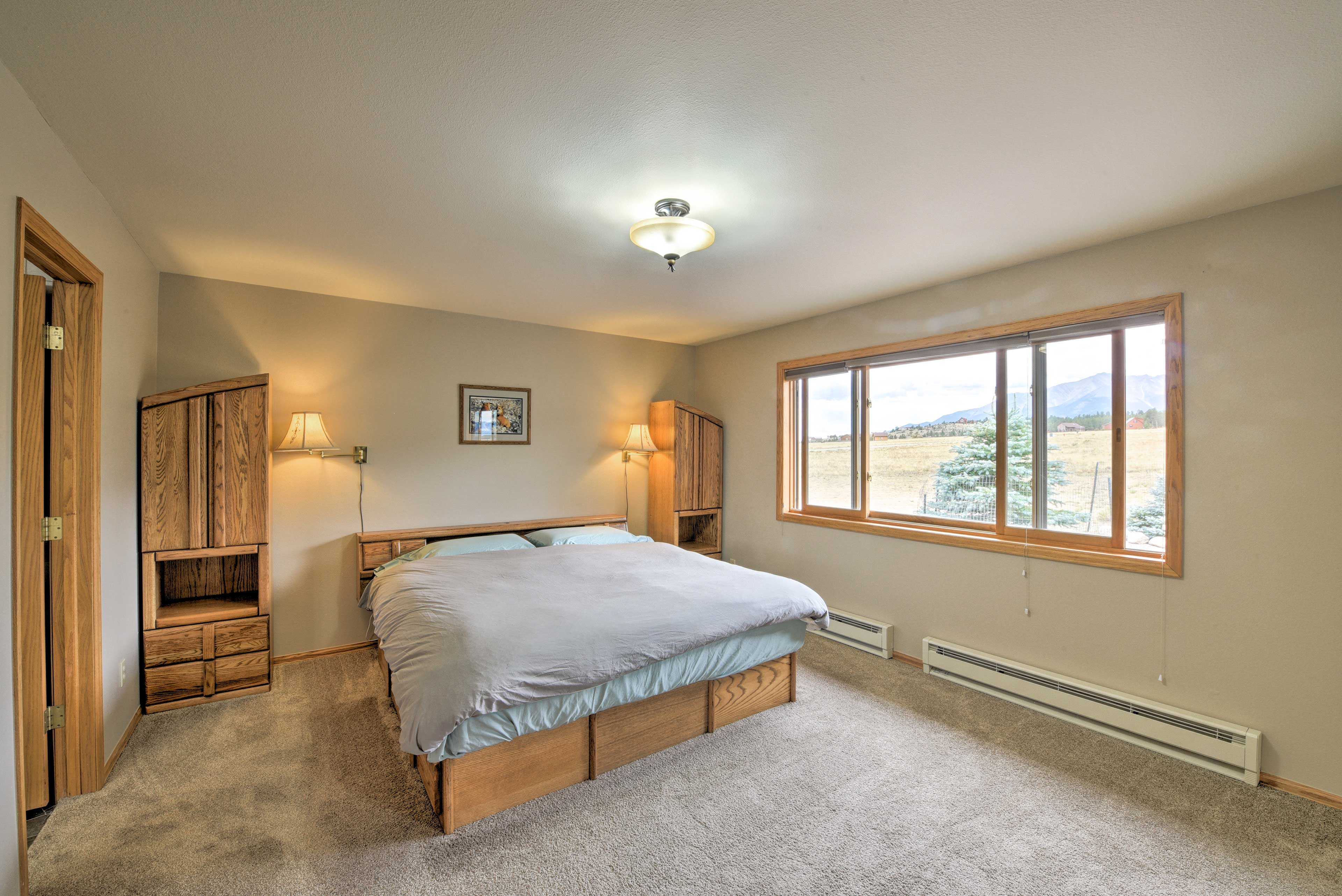 After a long day on the Colorado Trail, sprawl out on this plush king bed.