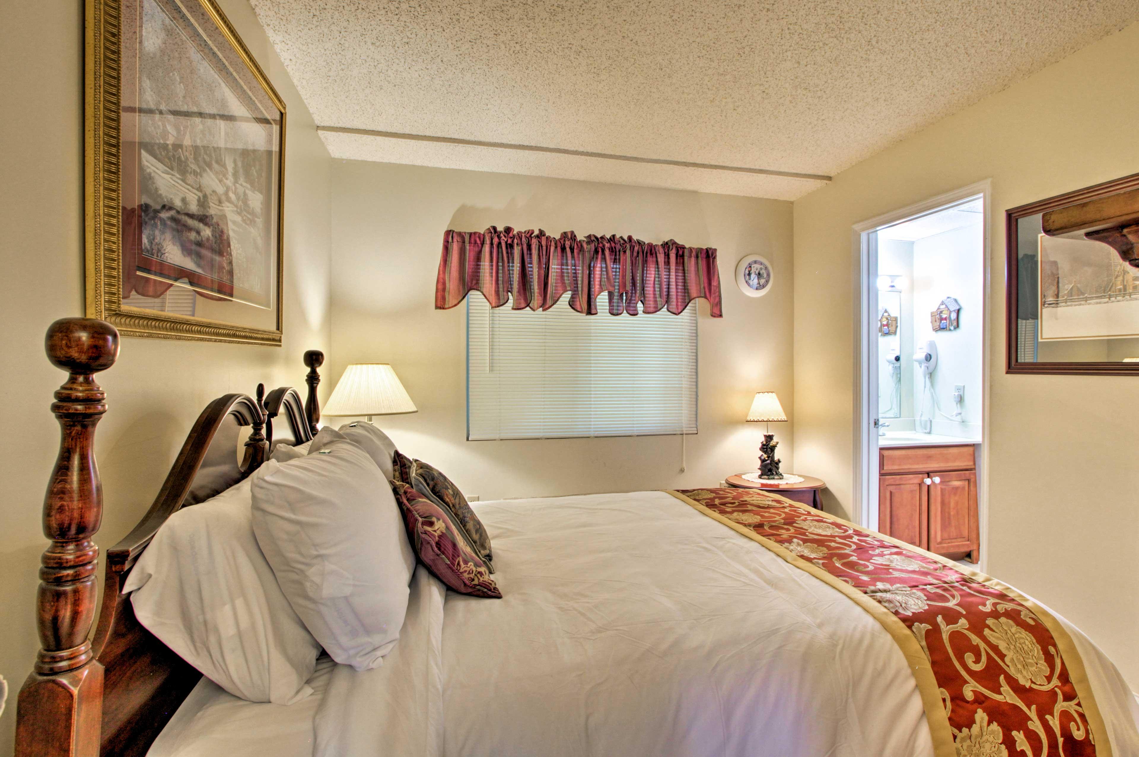 Plenty of pillows ensure you'll get a good night of sleep!