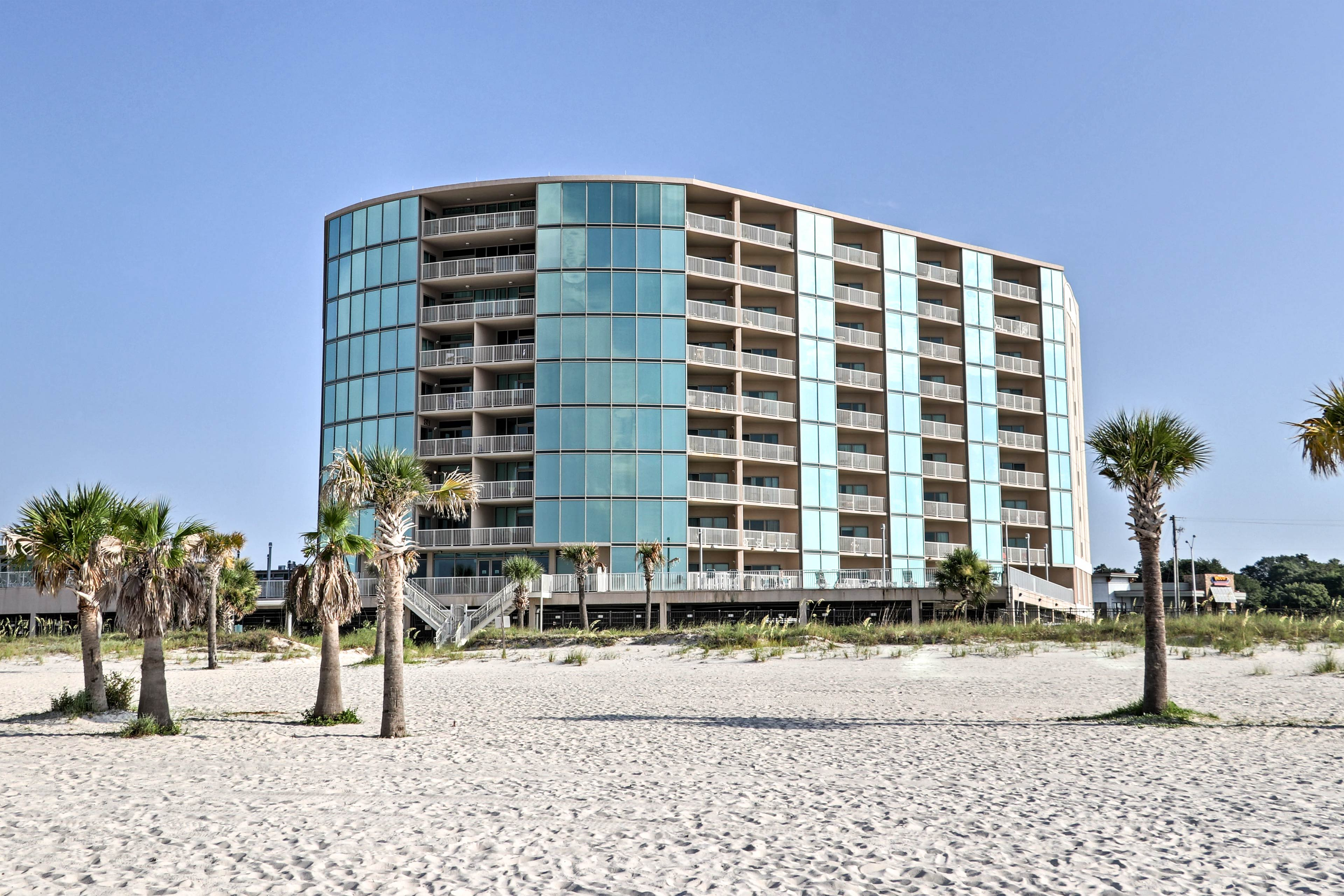 Up to 6 guests will find their next beachfront home-away-from-home waiting here!
