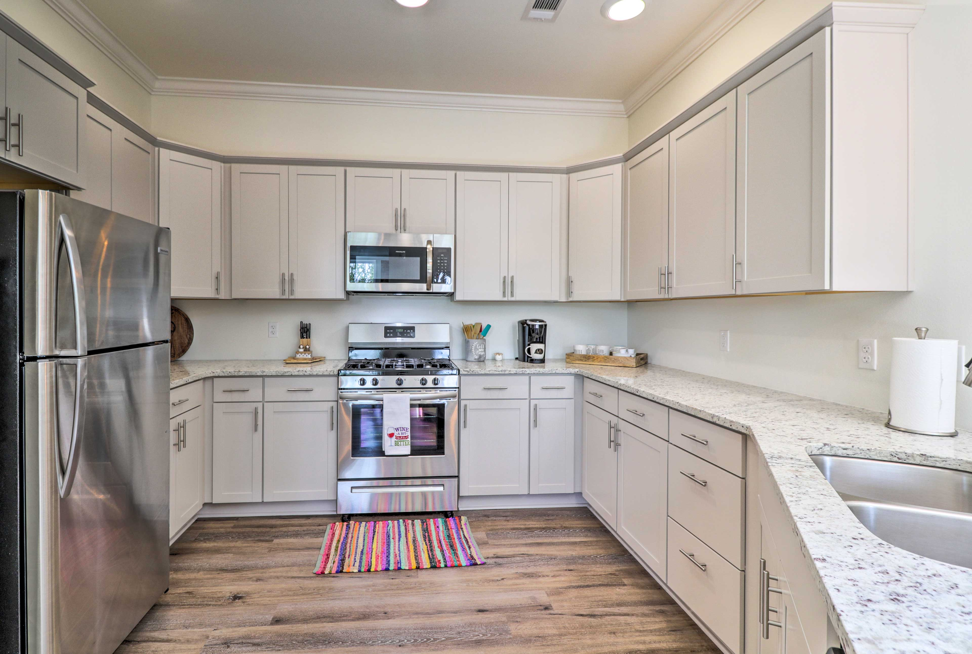 Prepare all your favorite dinners and desserts in the fully equipped kitchen.