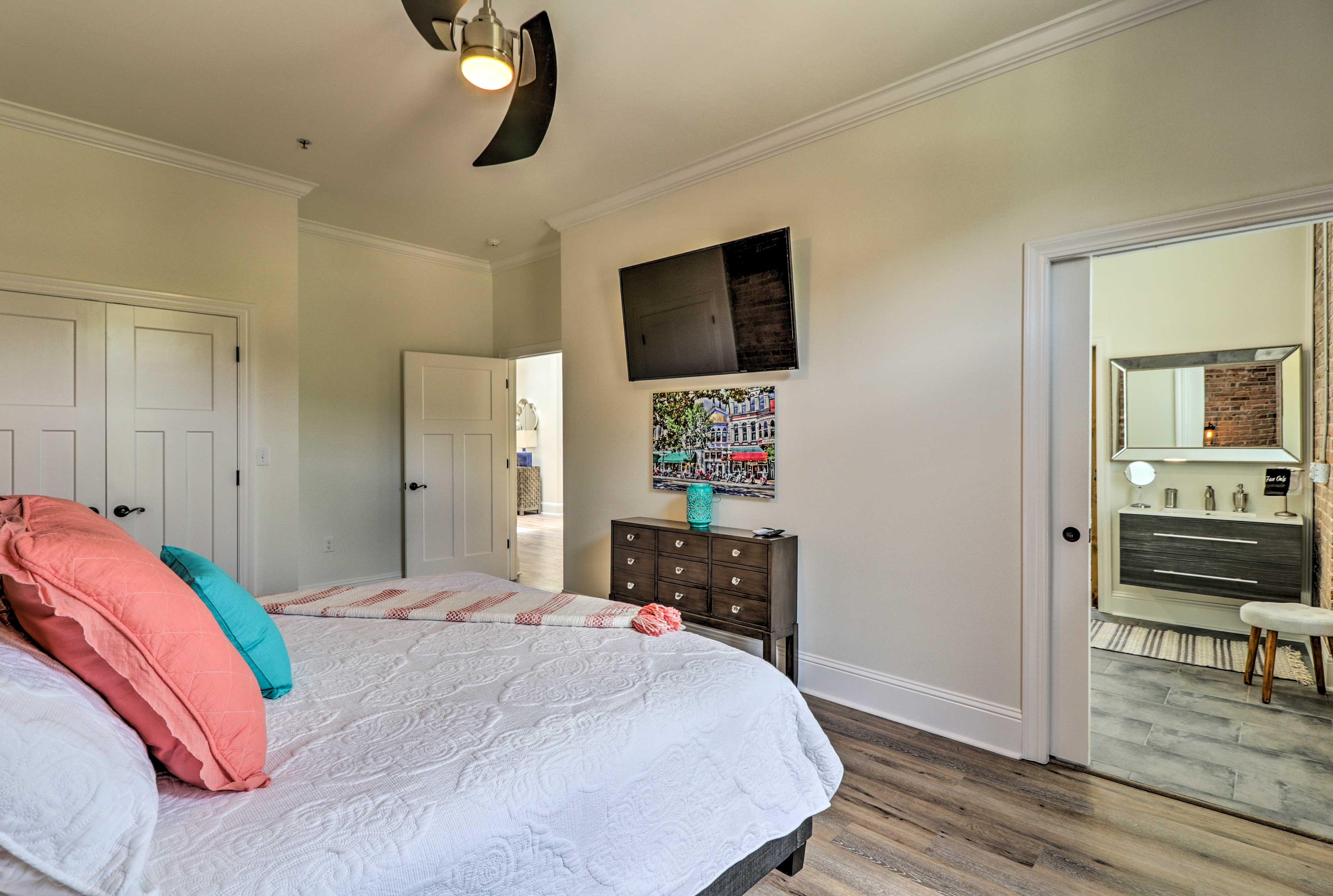 Both bedrooms contain 55-inch flat-screen Smart TVs.