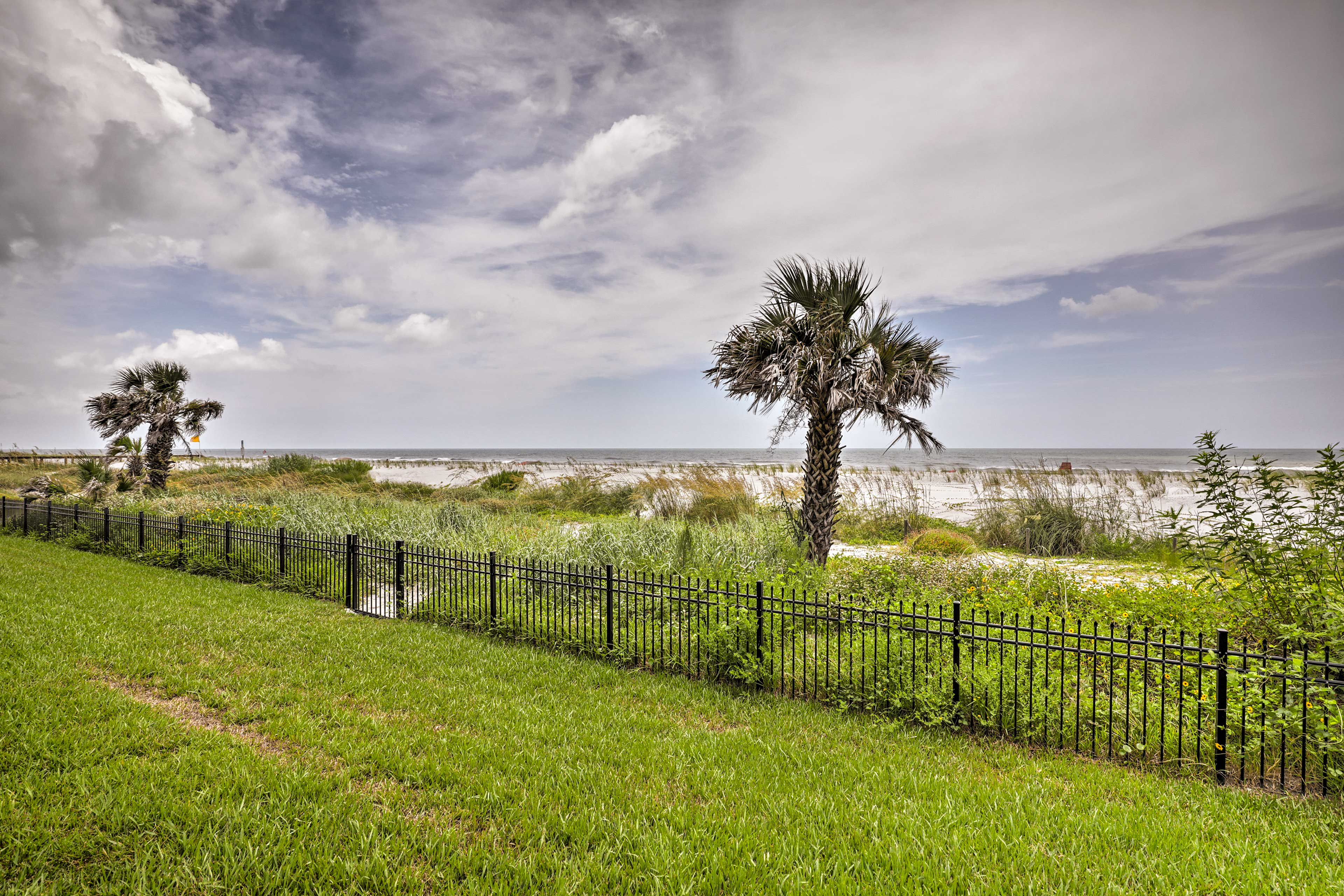 Lush landscaping leads down to the shores of Jacksonville Beach.