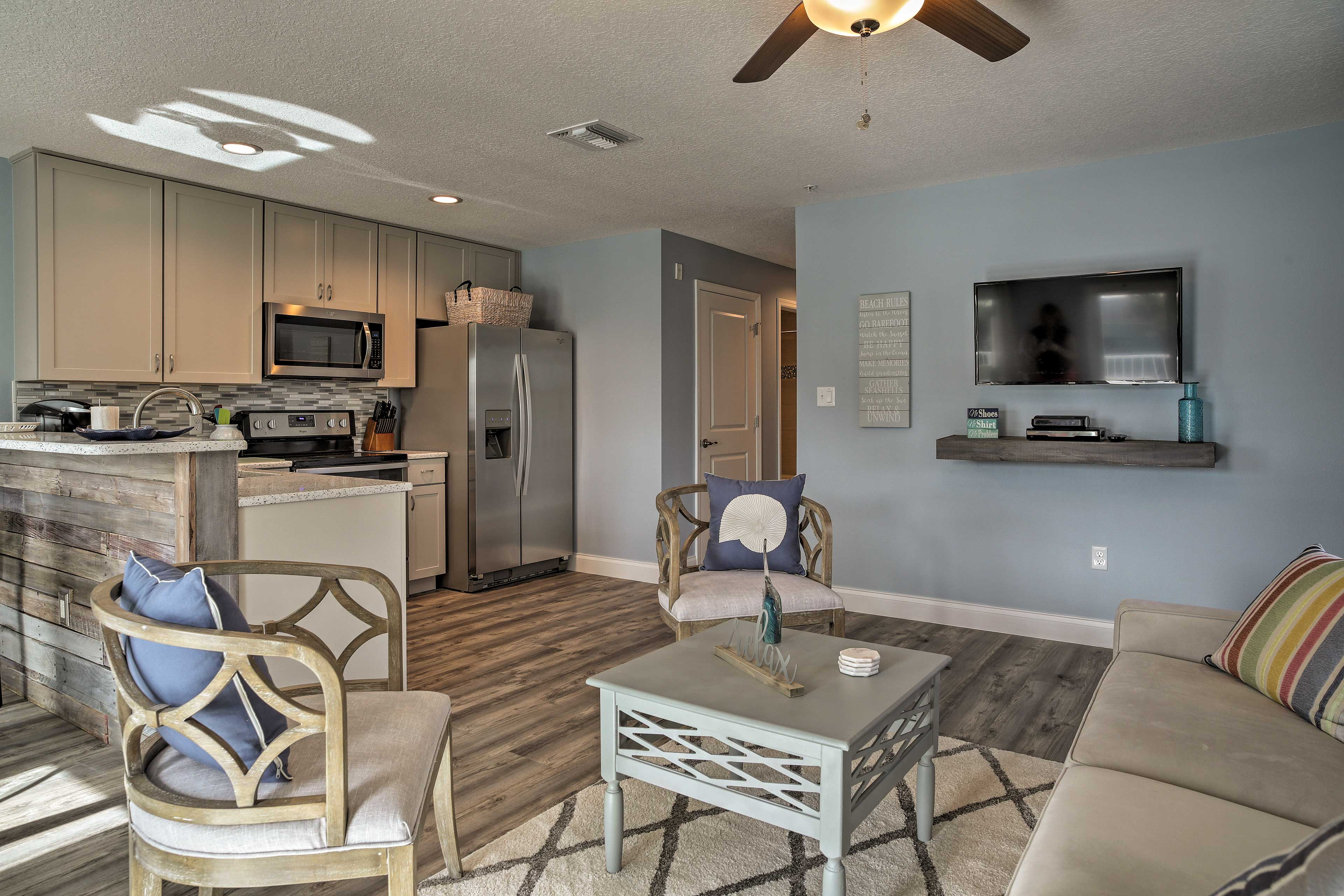 Cocoa Beach Vacation Rental Apt   2BR   2BA   1,000 Sq Ft   Stairs Required