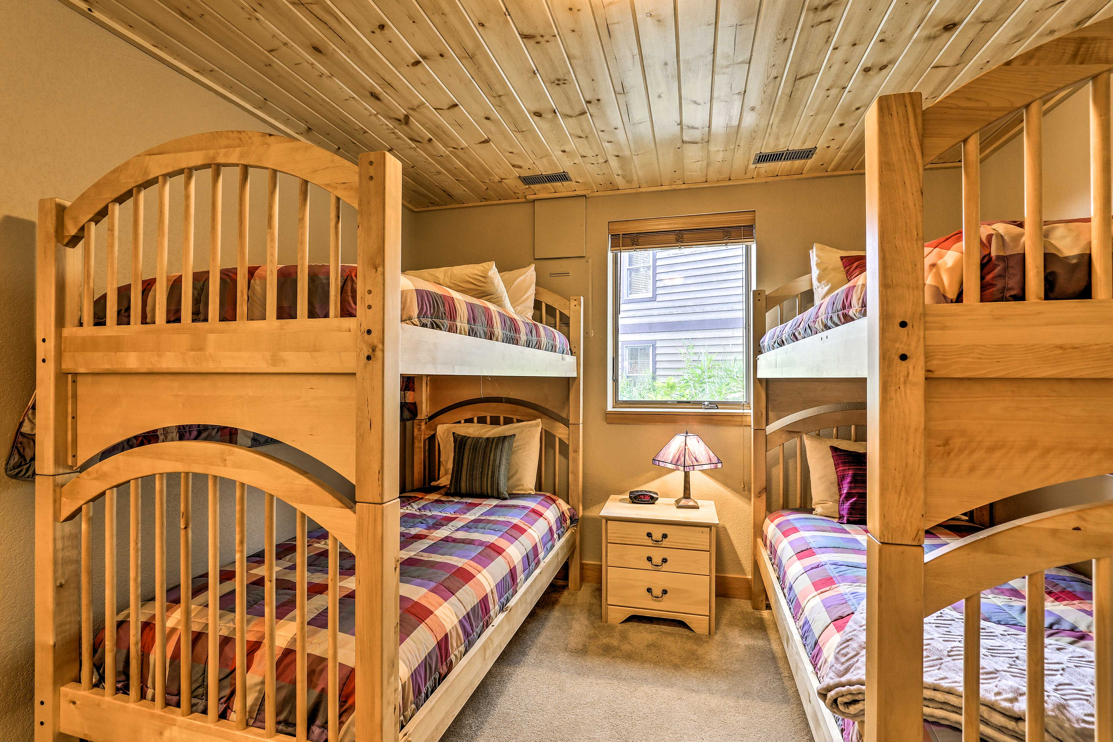 Bedroom 3   2 Twin Bunk Beds   Lower Level   Steps Required