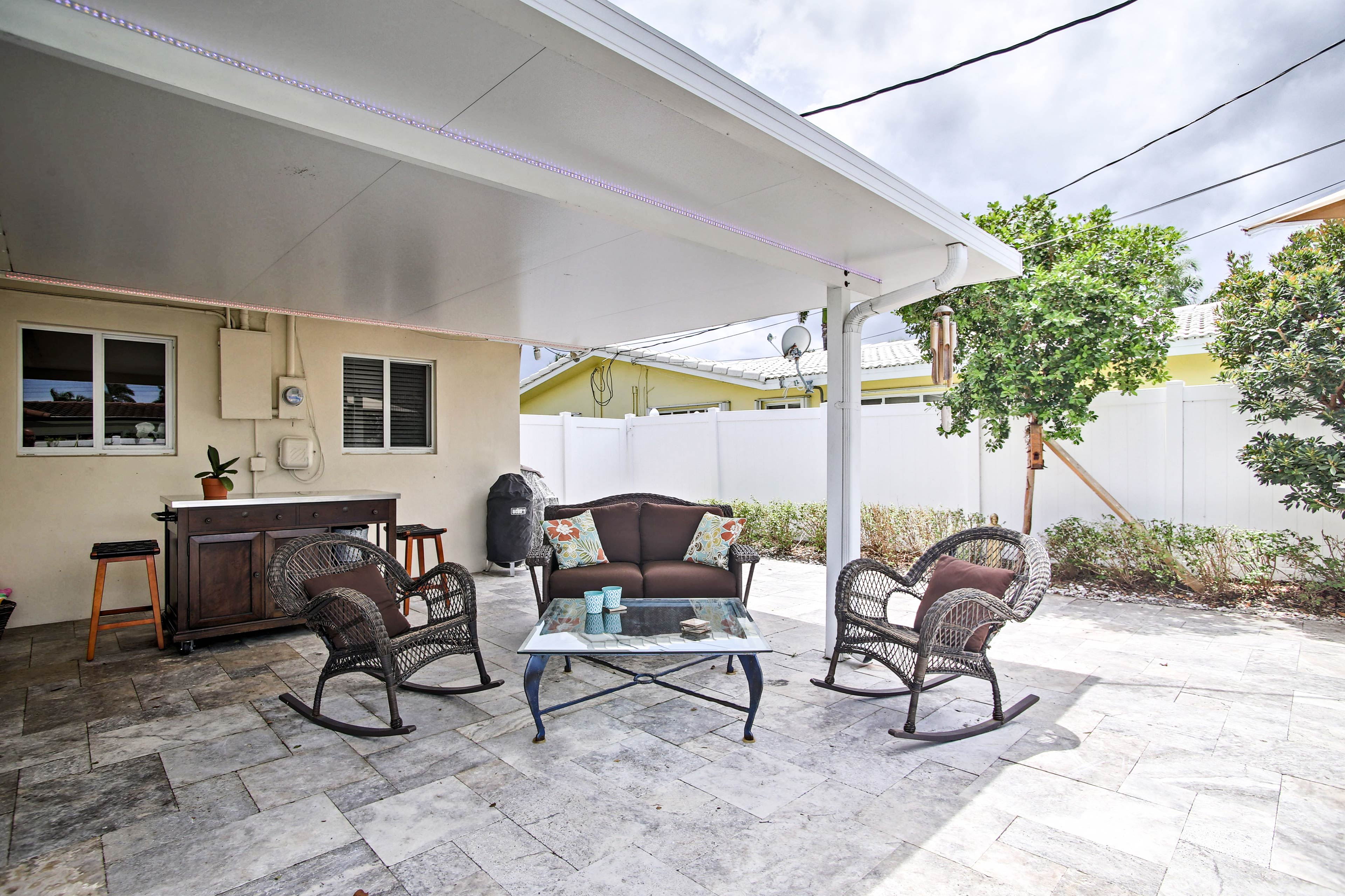 Savor morning coffee and evening nightcaps on the furnished patio.
