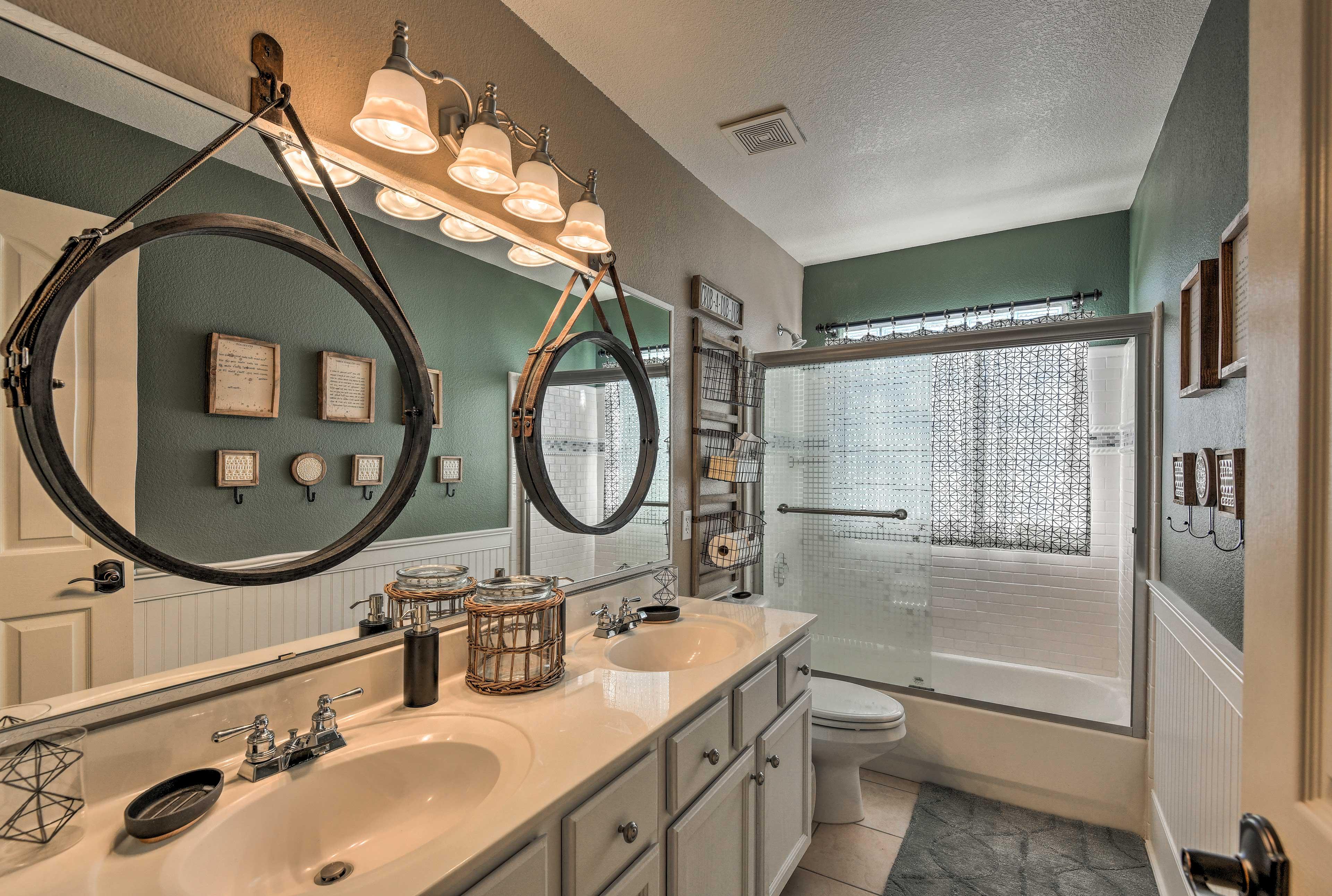 This home has 3.5 pristine bathrooms.