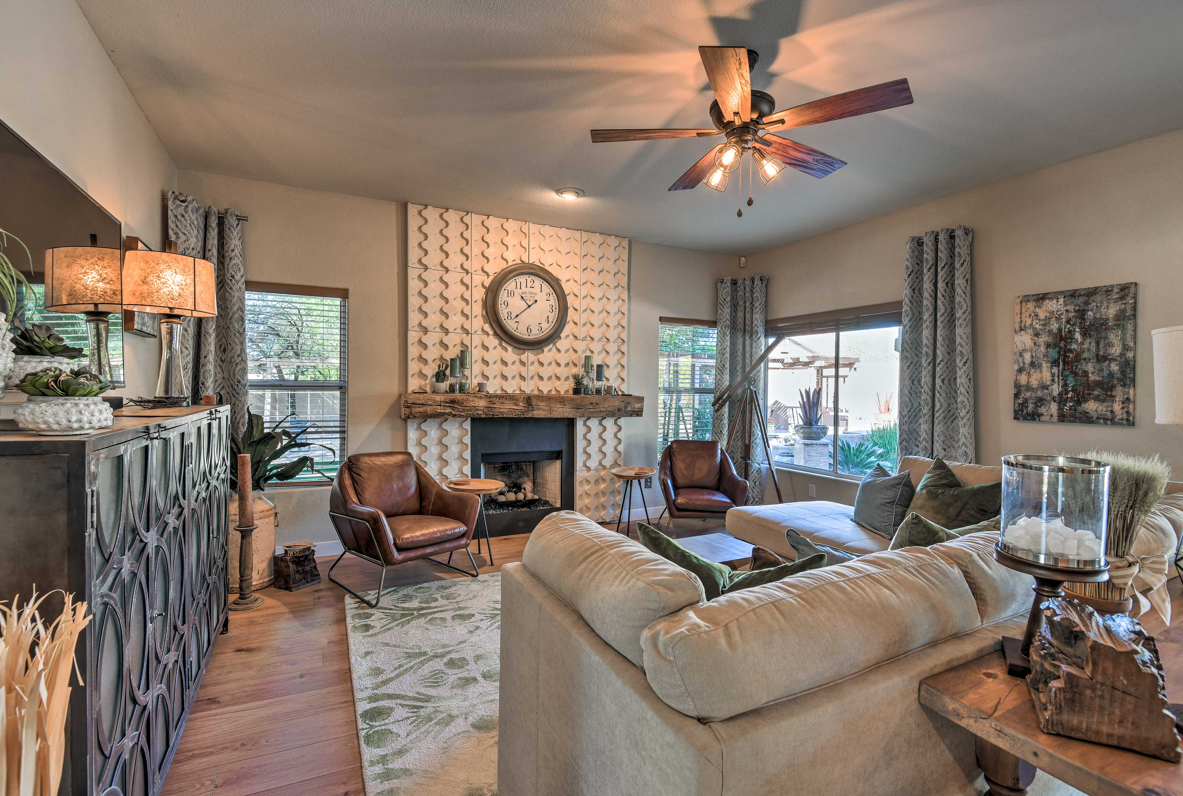 There are 2 living areas, so everyone has a place to sit and relax!
