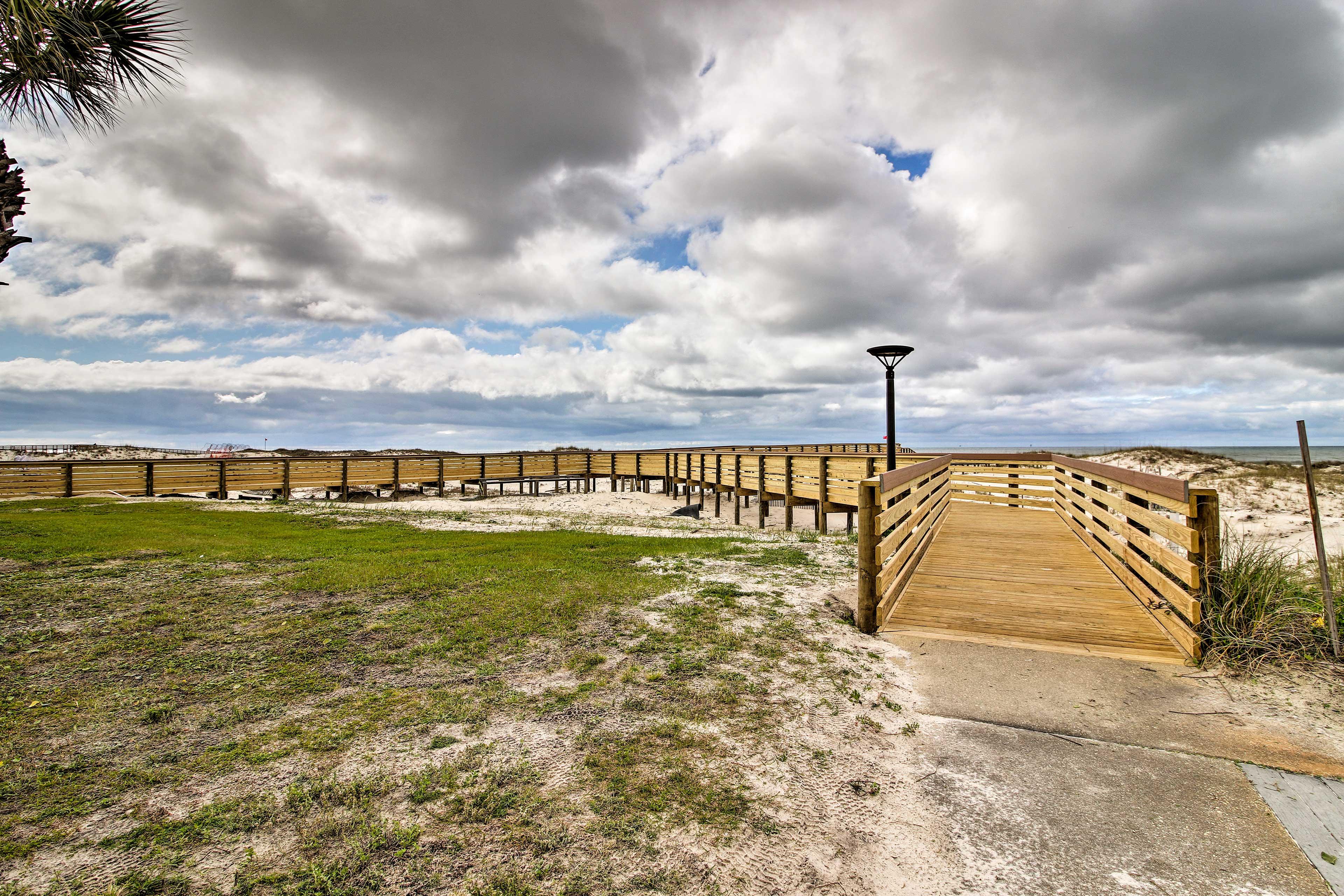 Community Amenities | Beach Access