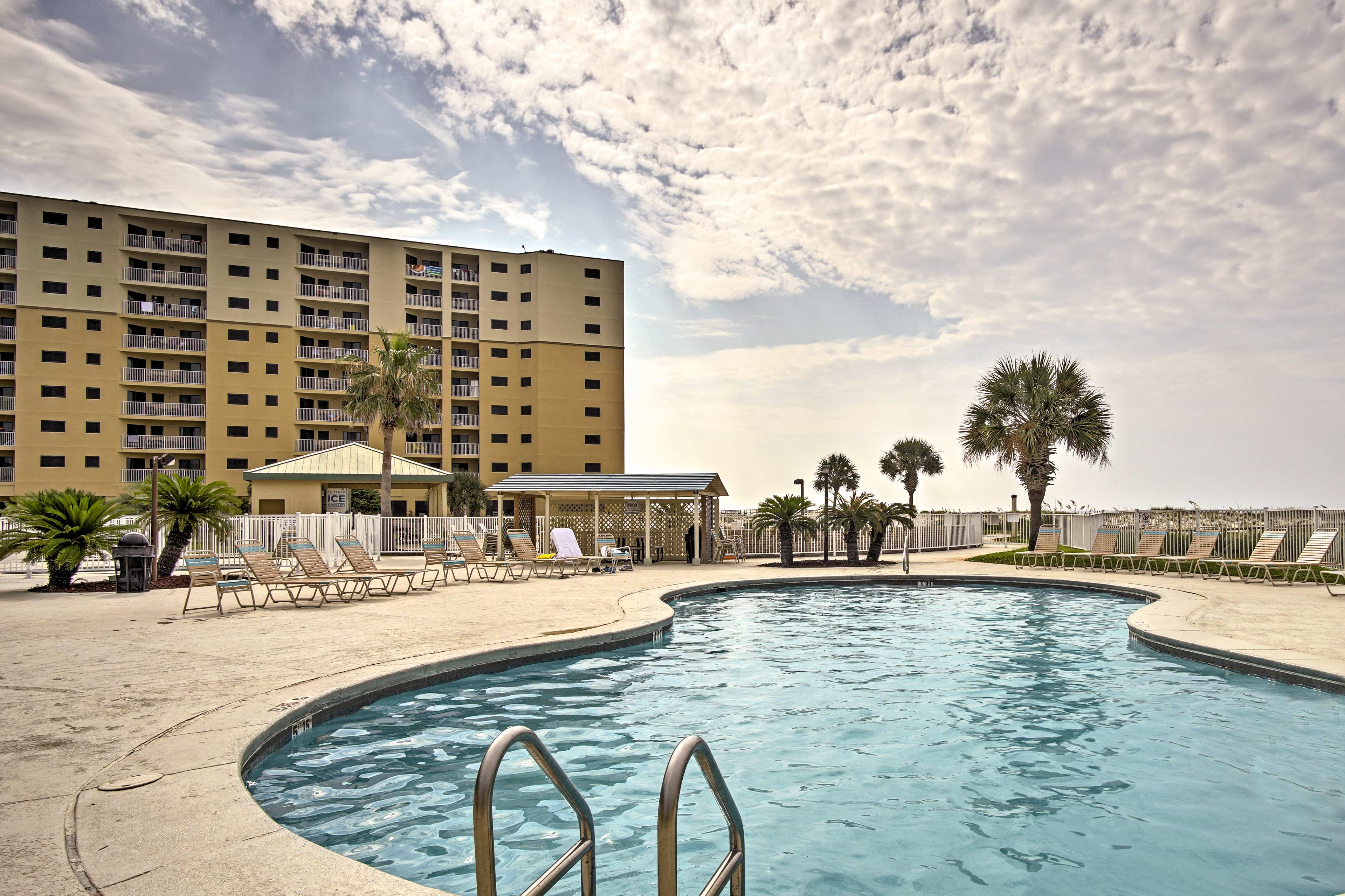 Dunes at Gulf Shores Location | Community Amenity Access