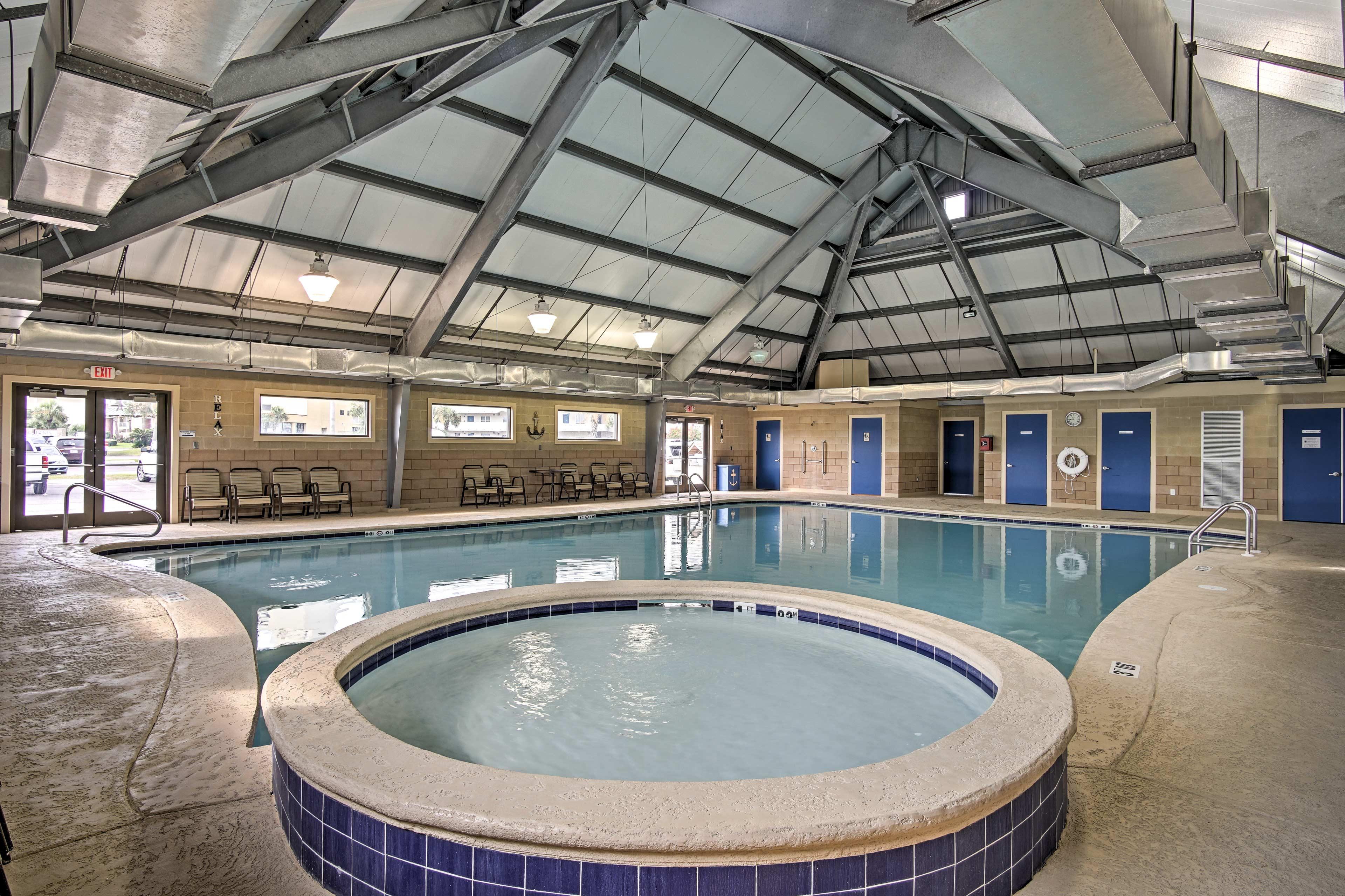 Community Amenities | Indoor Pool