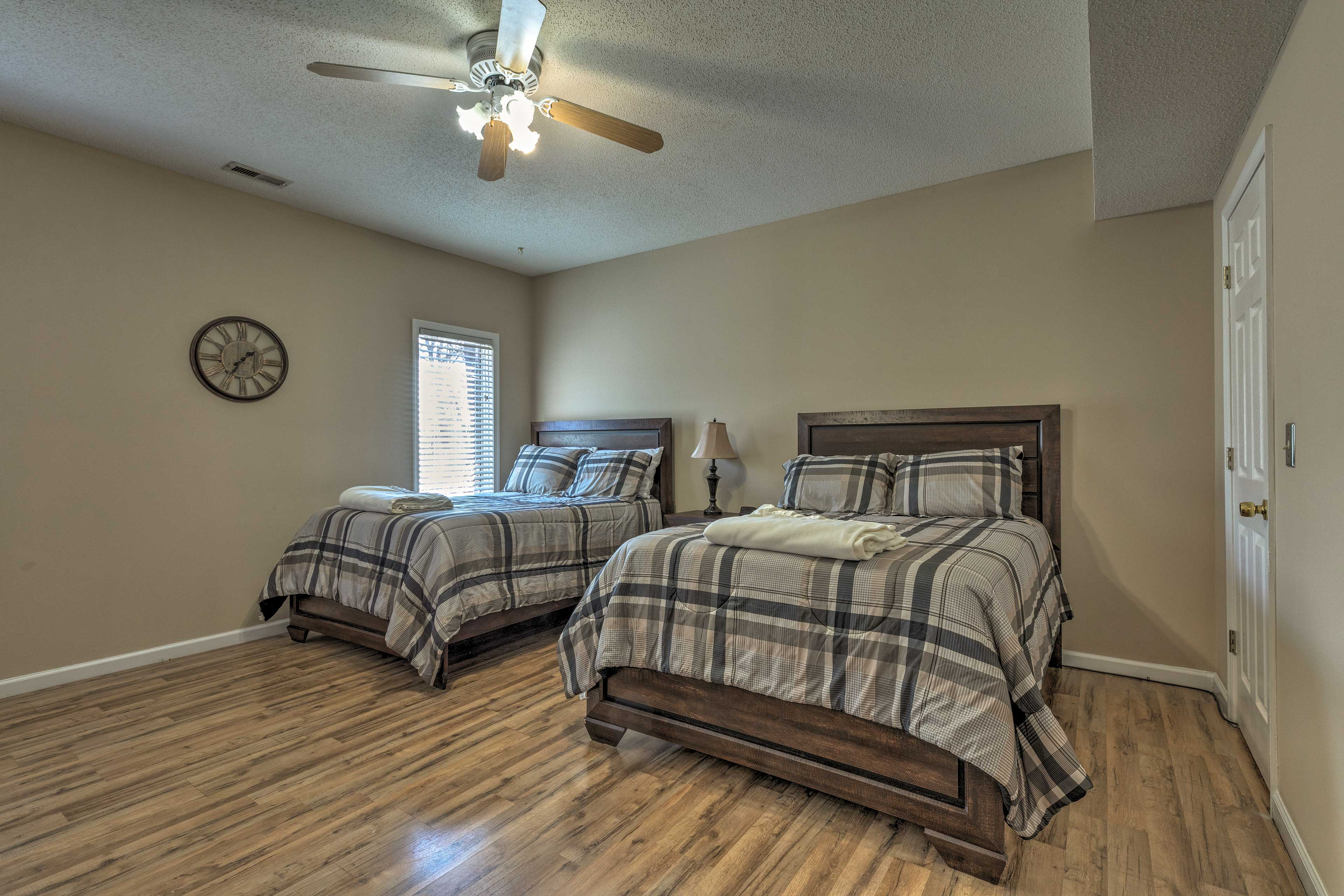 Up to 4 travelers can stay in this fourth bedroom.