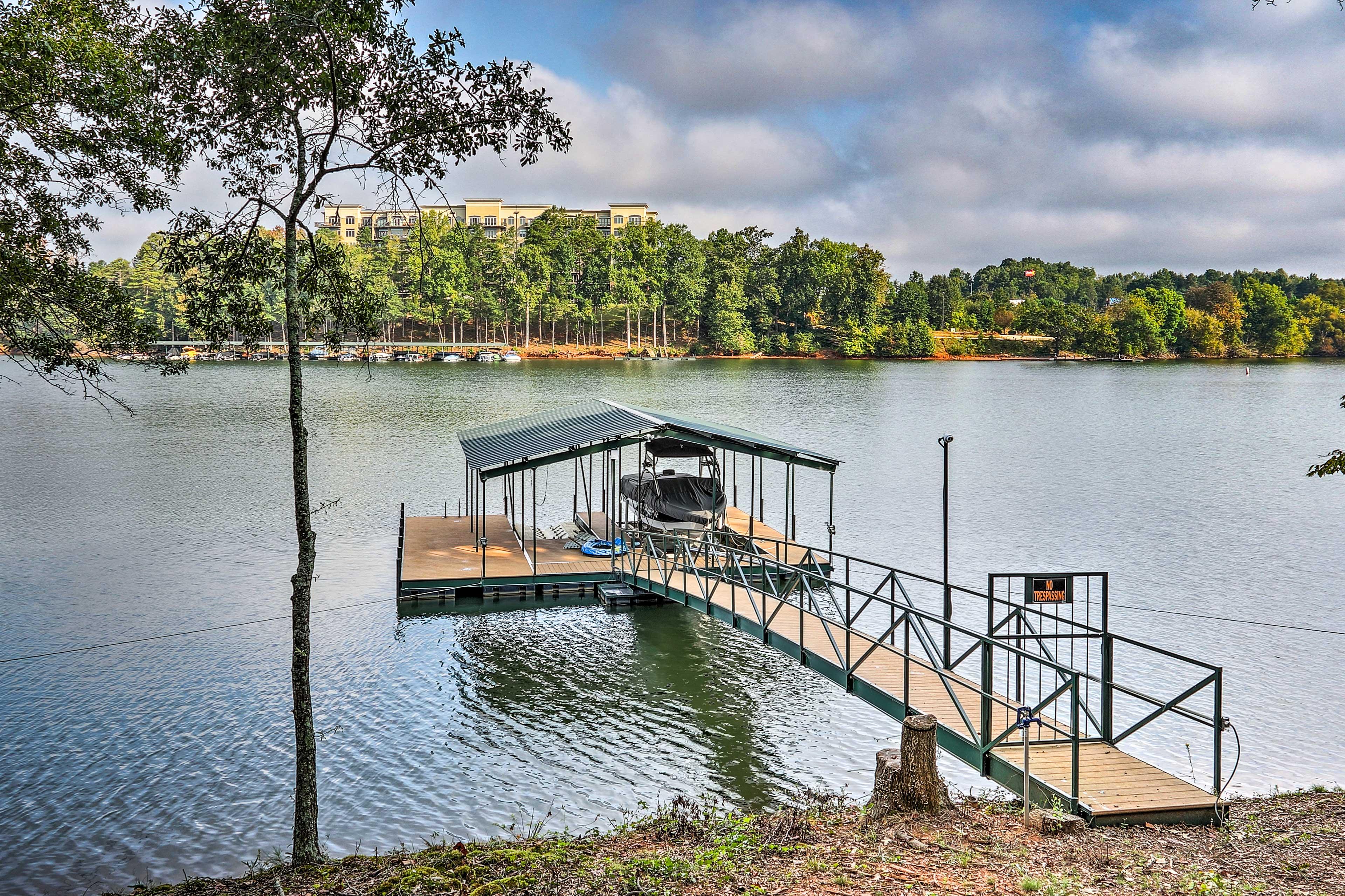 Private Dock   Lake Access