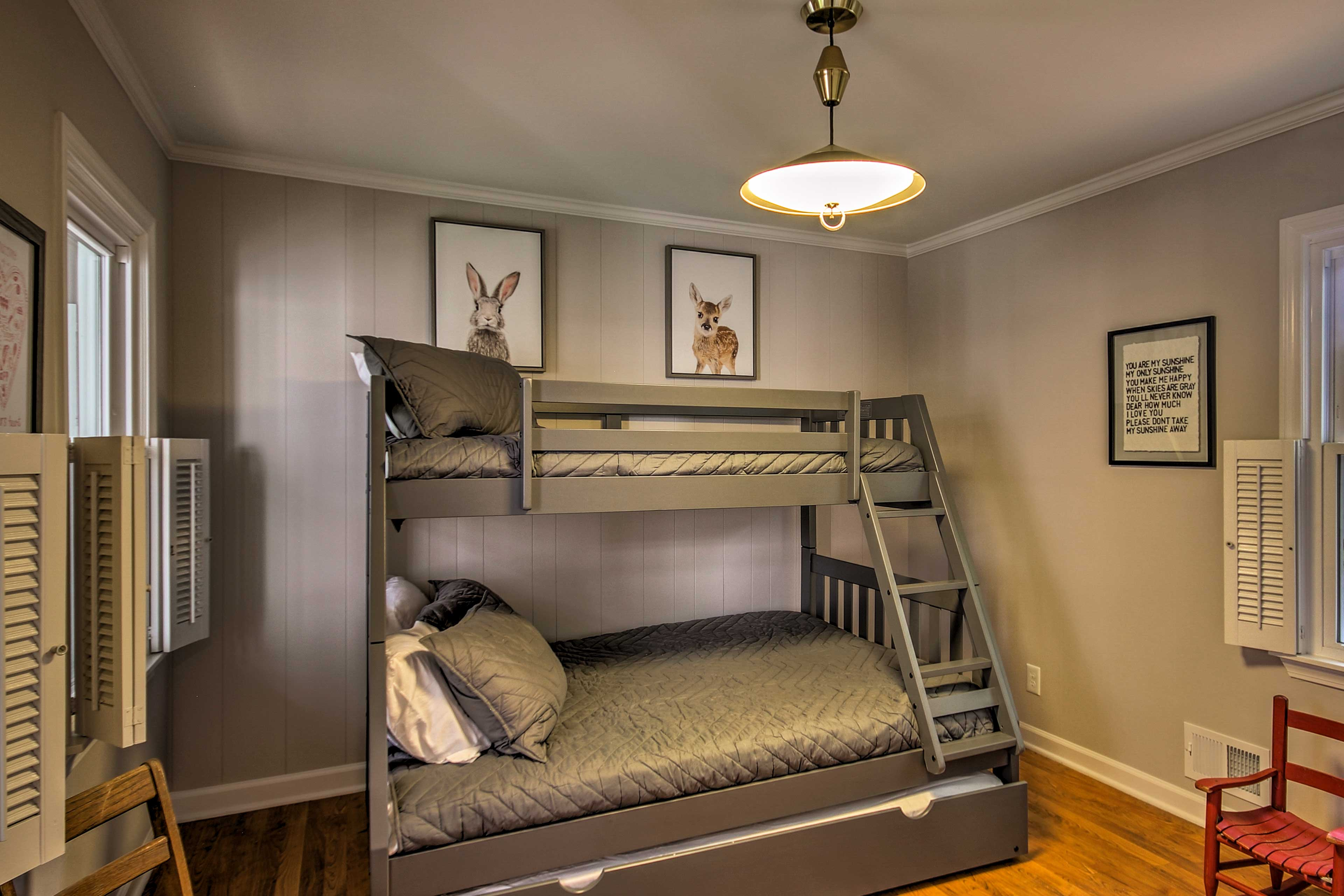 Bedroom 4   Twin/Full Bunk Bed w/ Twin Trundle