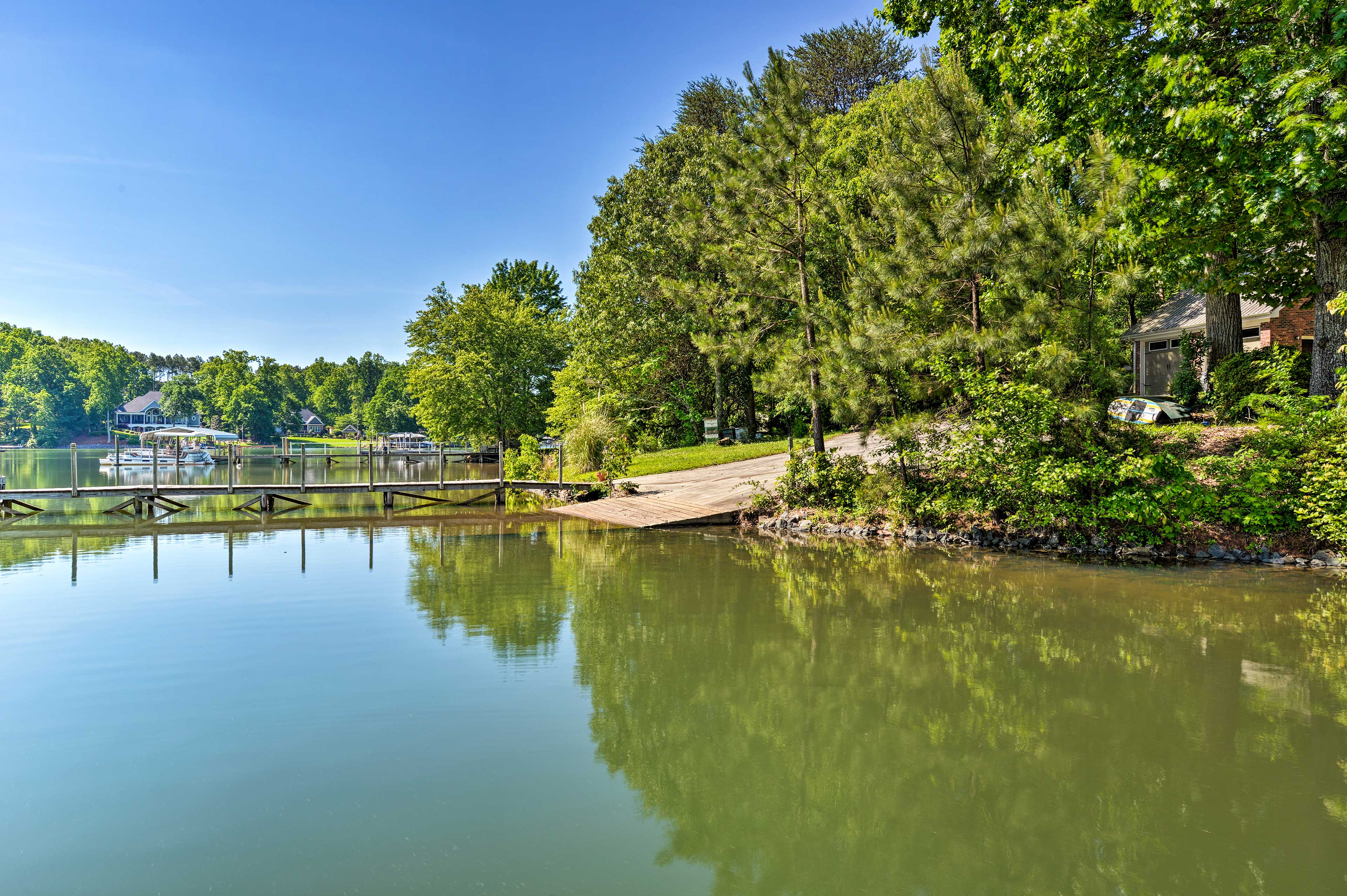 A private boat ramp is available on the adjacent property.