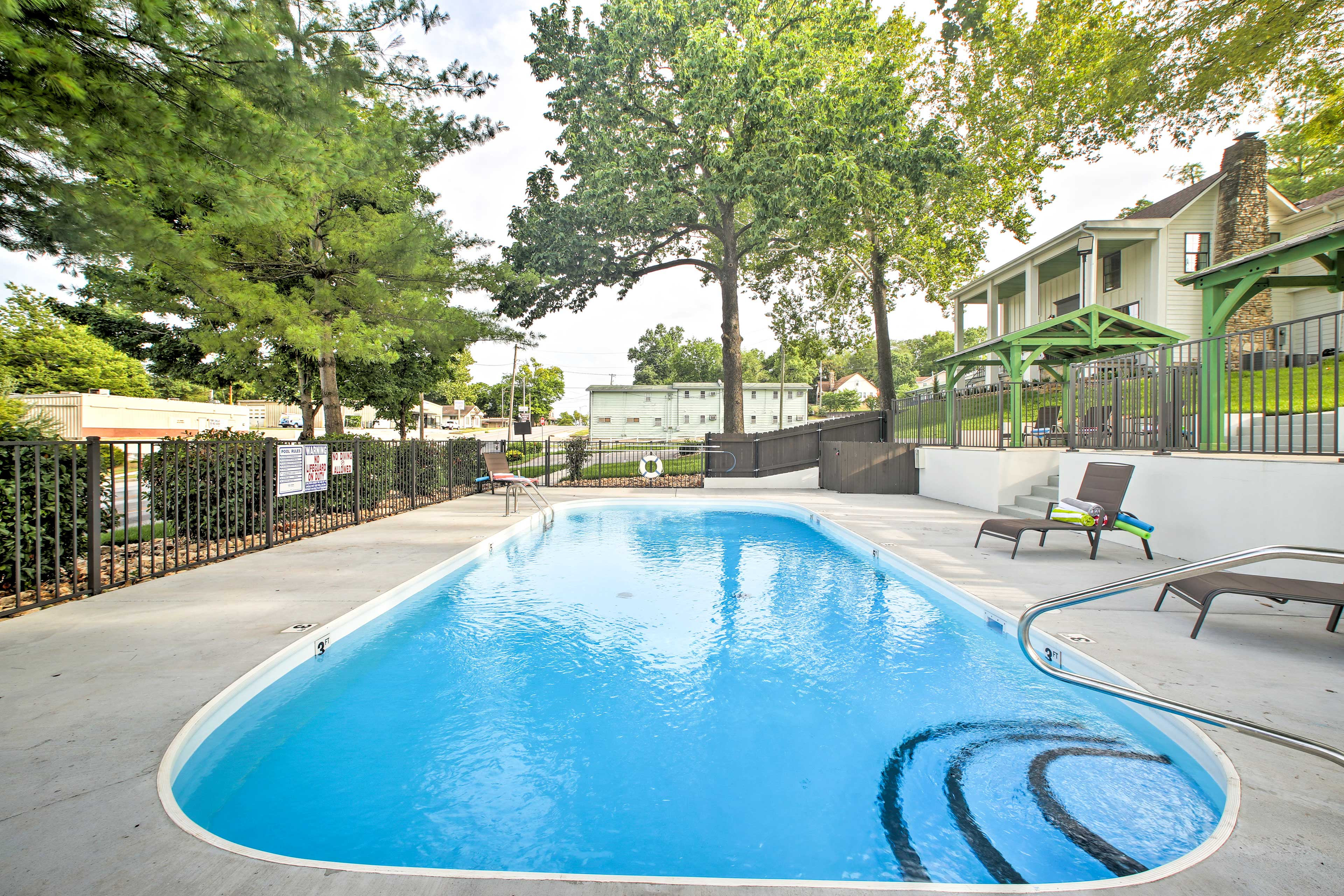 Your Branson holiday awaits at this charming vacation rental!