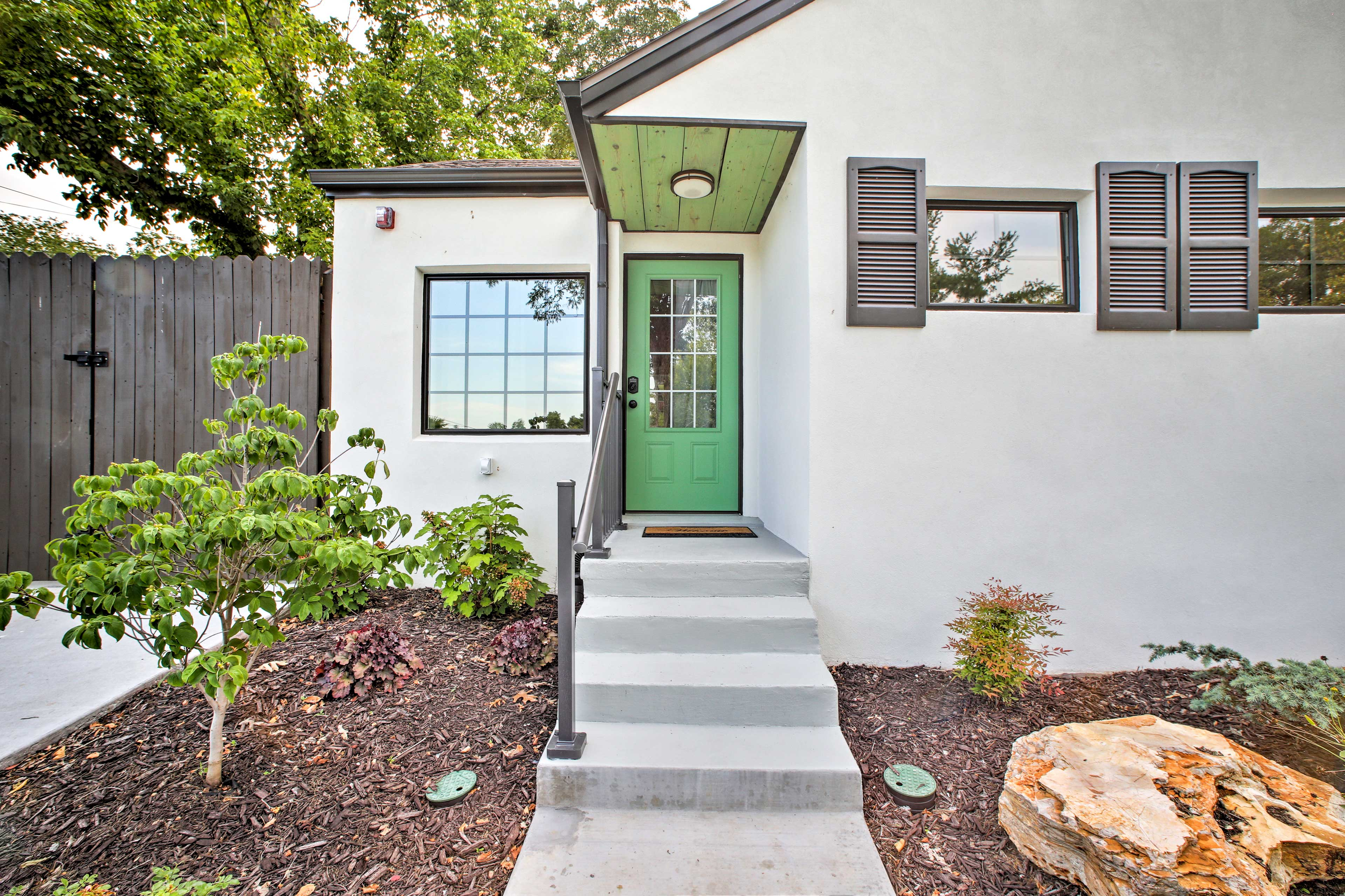 This home is within minutes of the areas best attractions.