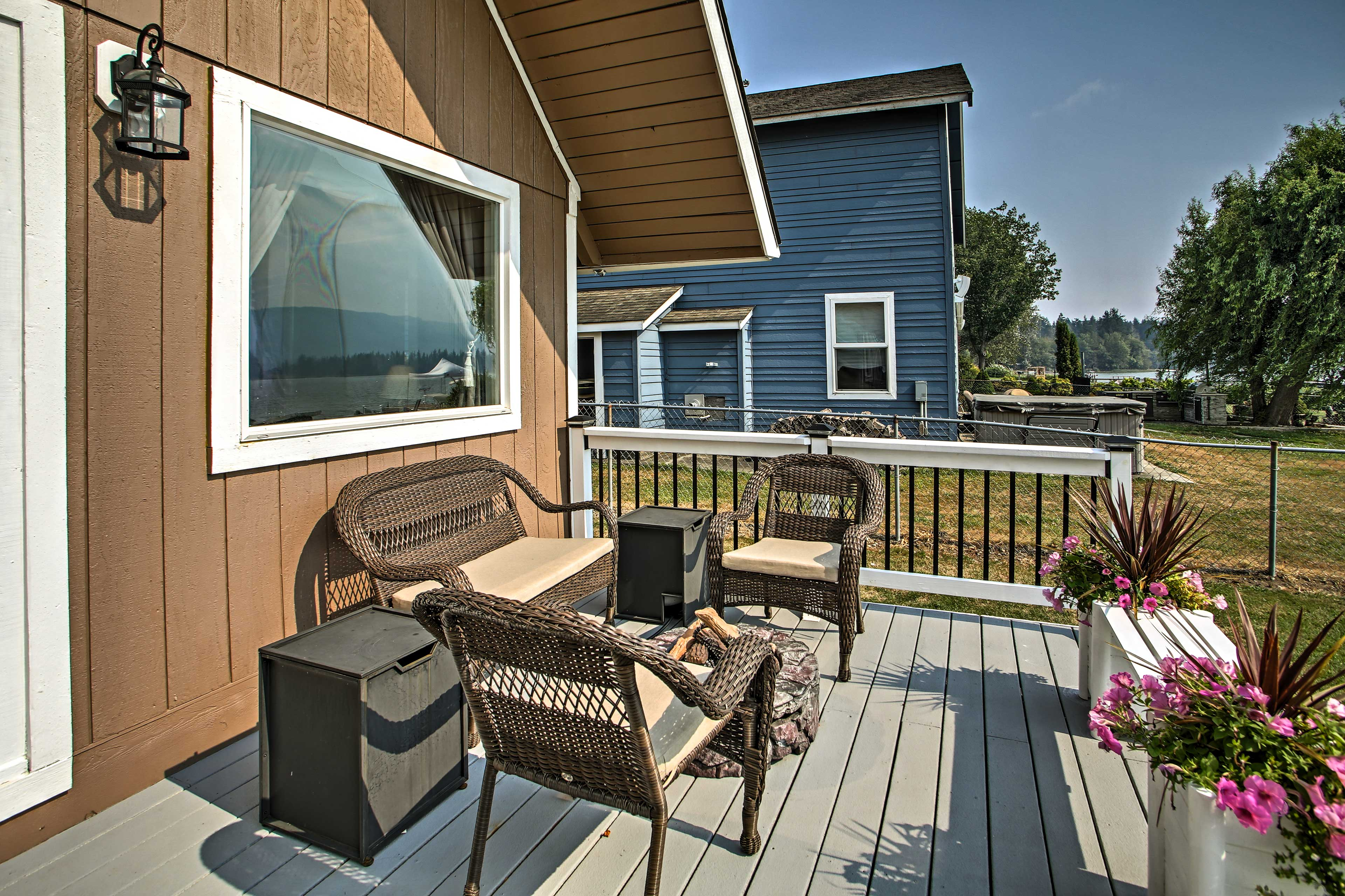 Private Deck | Outdoor Seating | Lake Lawrence View