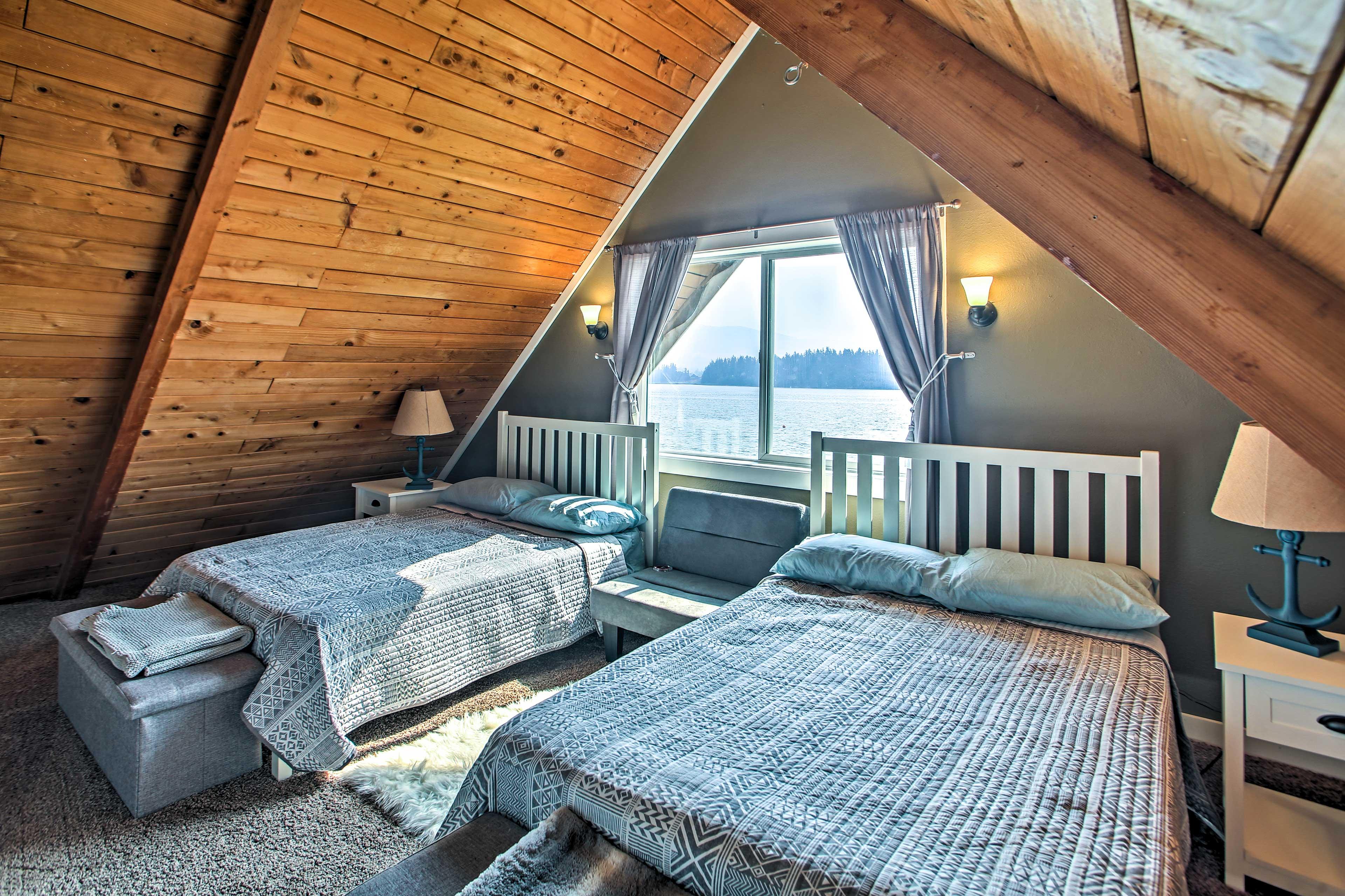 Bedroom 2 | 2 Full Beds