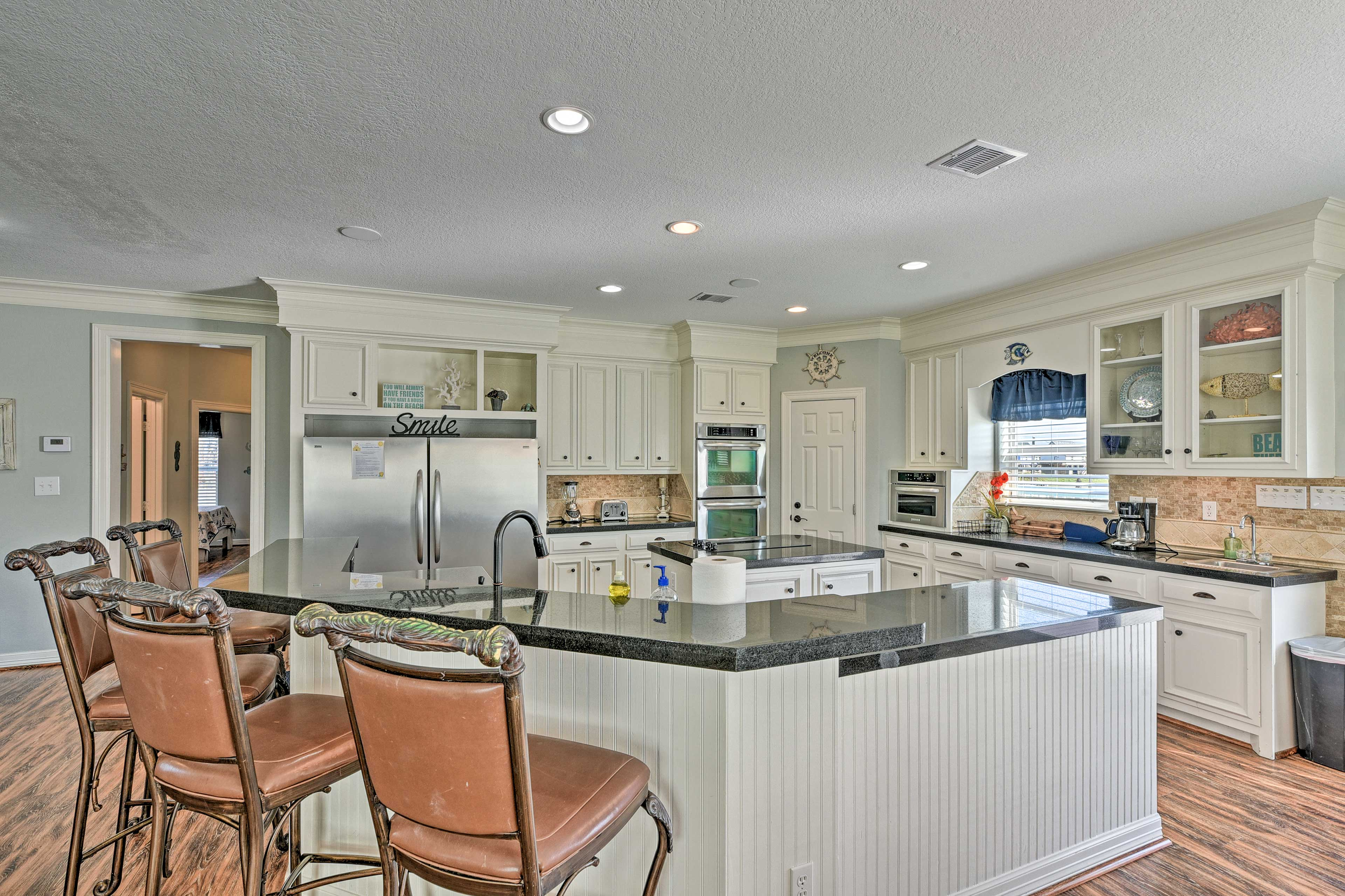 Kitchen | Fully Equipped | Custom Cabinetry | Dishwasher