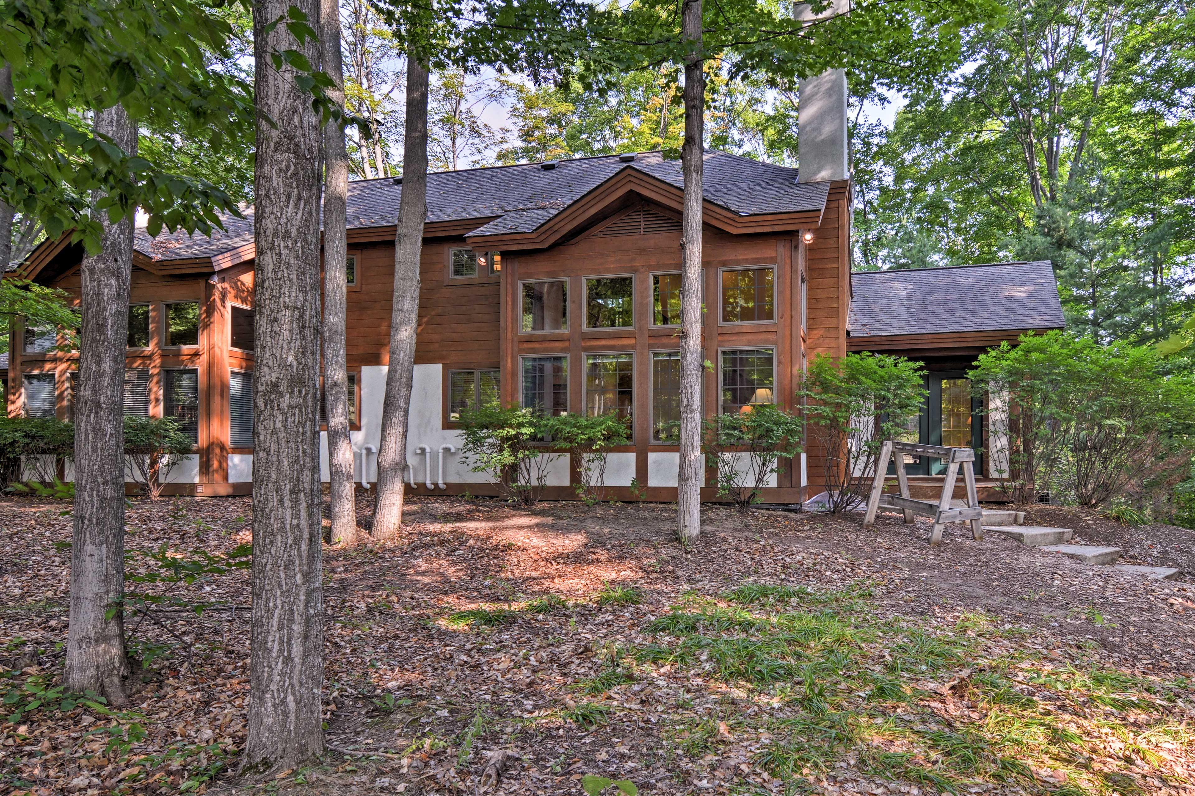 This condo is the ideal ski-in/ski-out home base, just 30 feet from Boyne Mtn.
