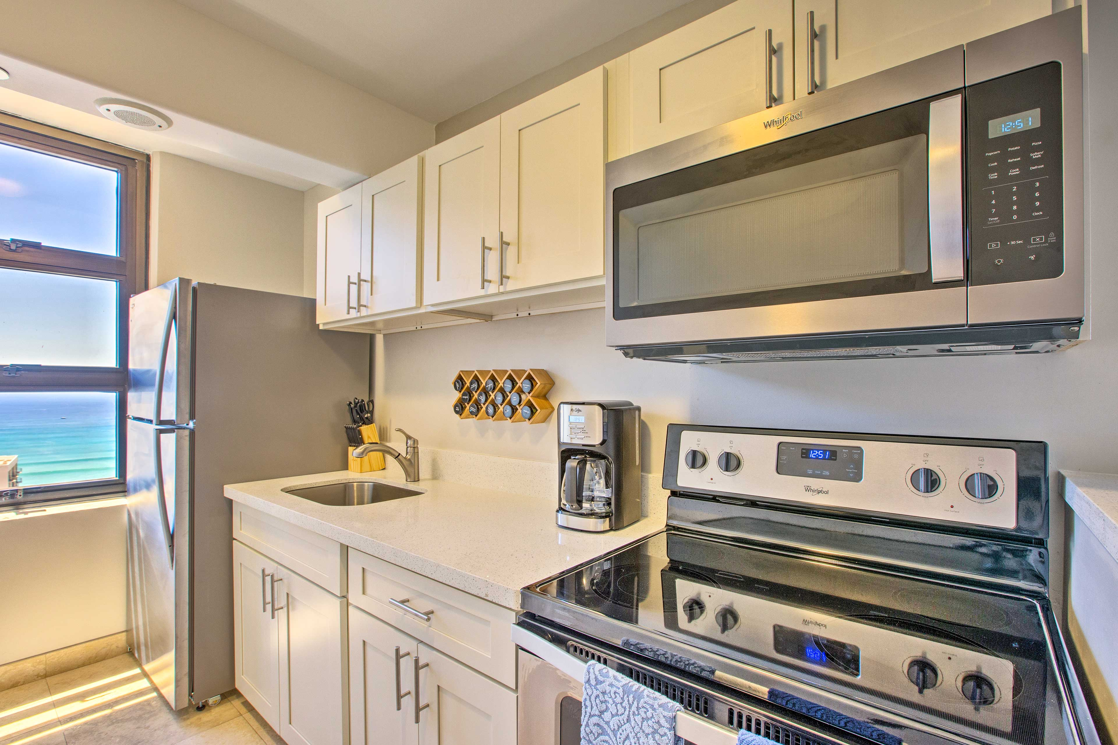Cooking is easy as pie in this well-equipped kitchen.
