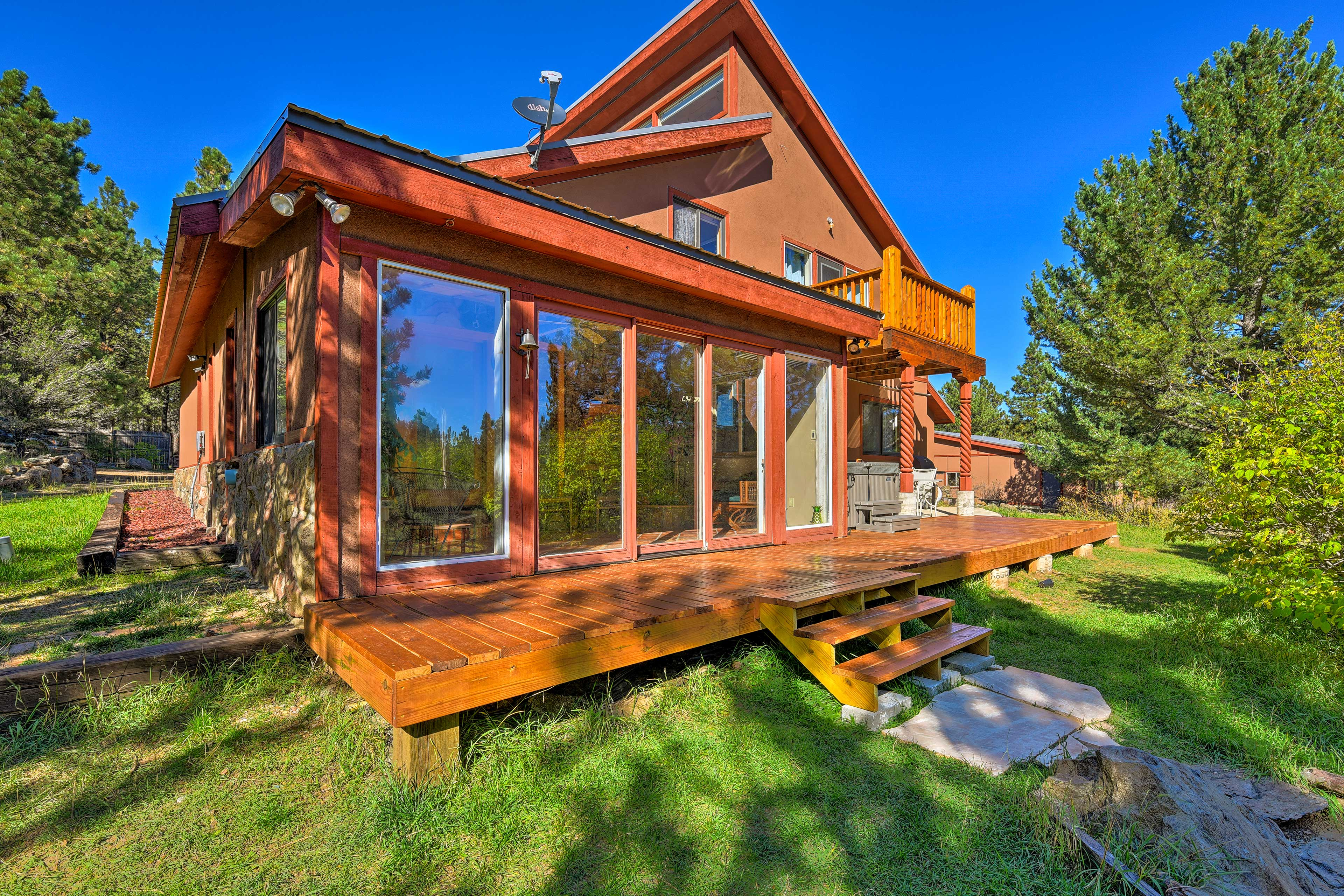 Experience Angel Fire with 14 guests at this cozy vacation rental house!