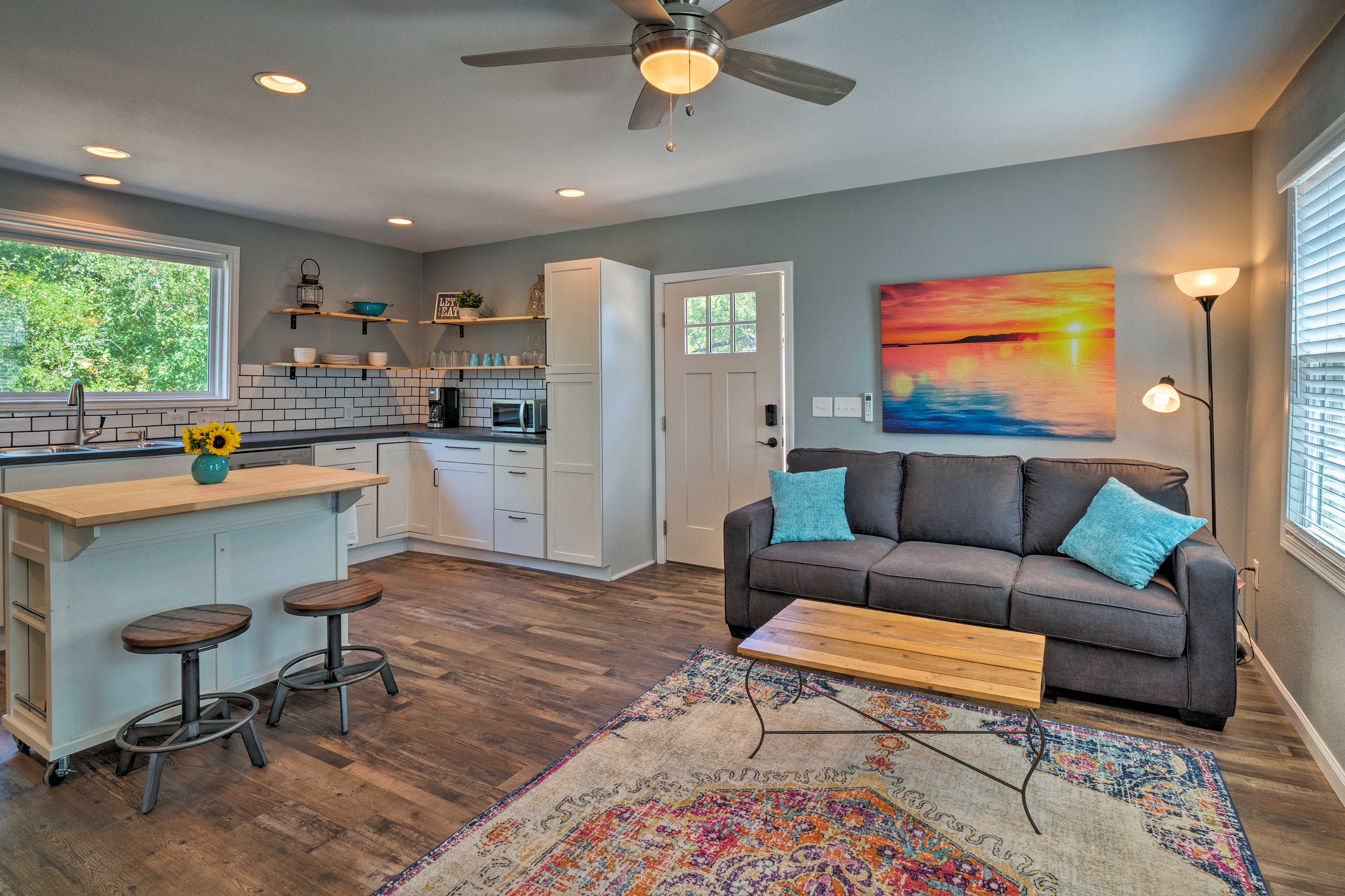 Austin Vacation Rental | 1BD | 1BA | 618 Sq Ft | No Steps Required