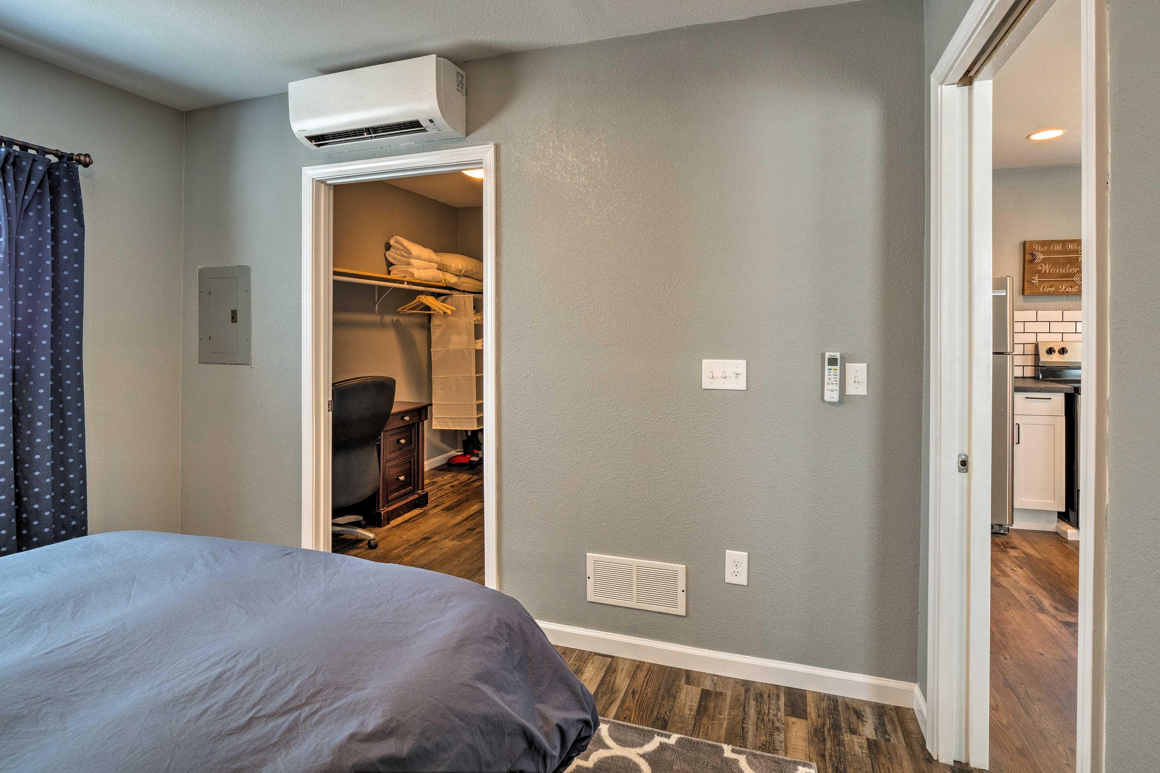 Bedroom | Walk-In Closet | Desk