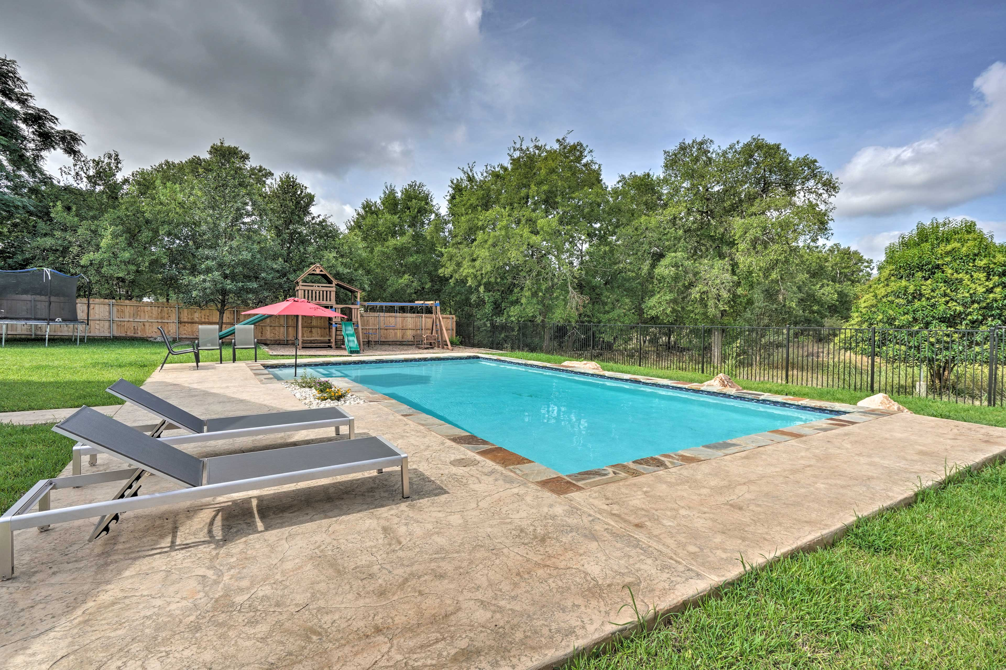 Shared Amenities | Pool | Playground | Trampoline