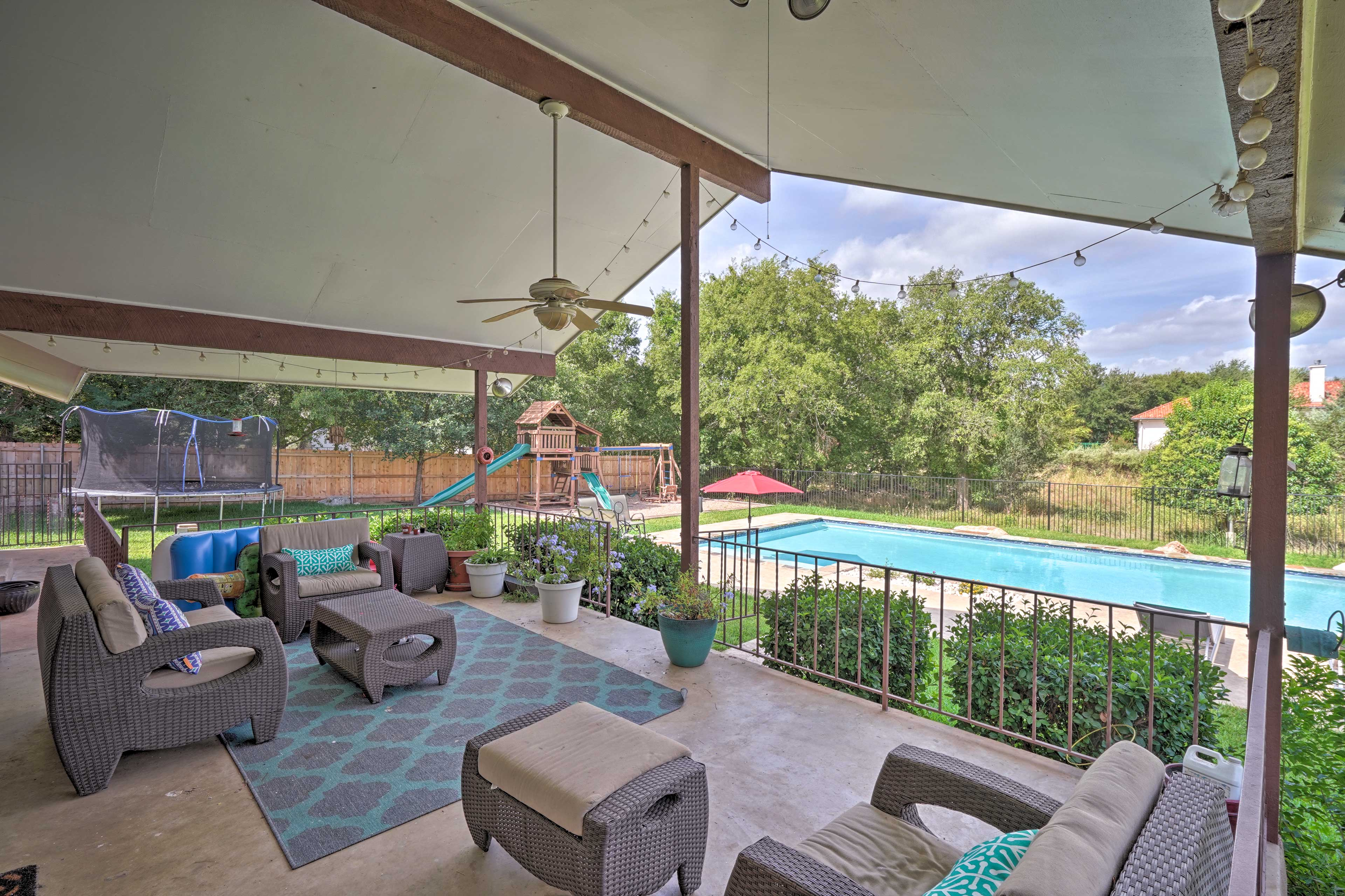 Shared Amenities | Covered Deck