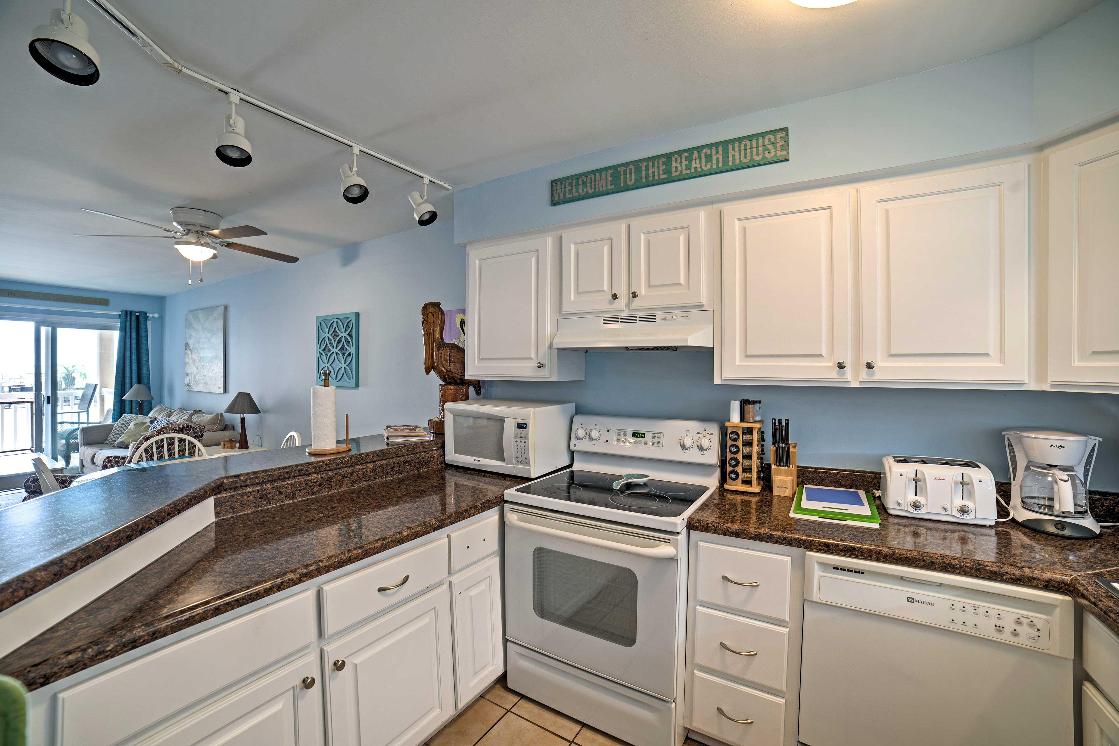 Essential appliances and ample counter space make cooking on vacation easy!