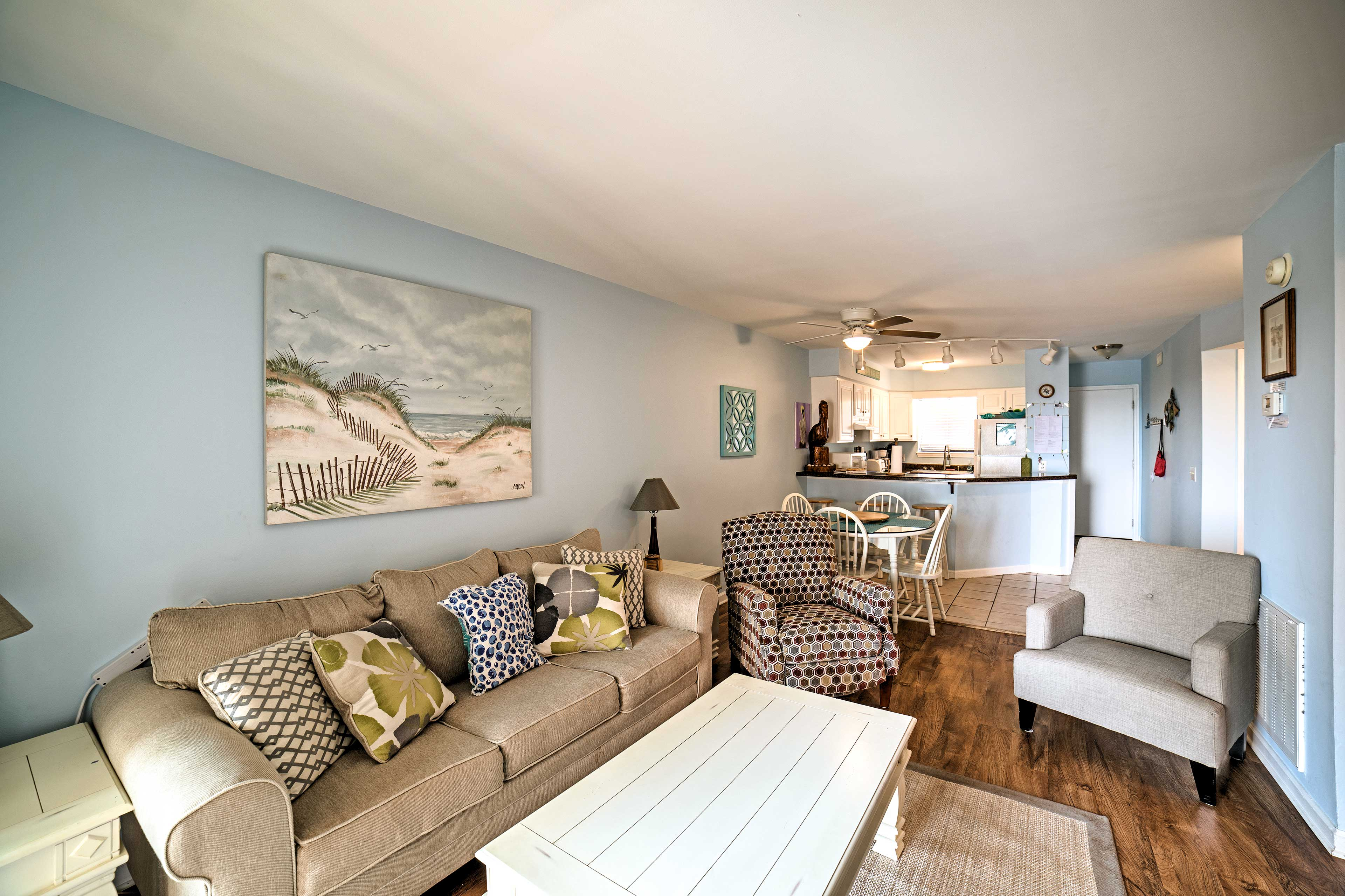 Inside, you'll find tasteful nautical decor and comfortable furnishings.