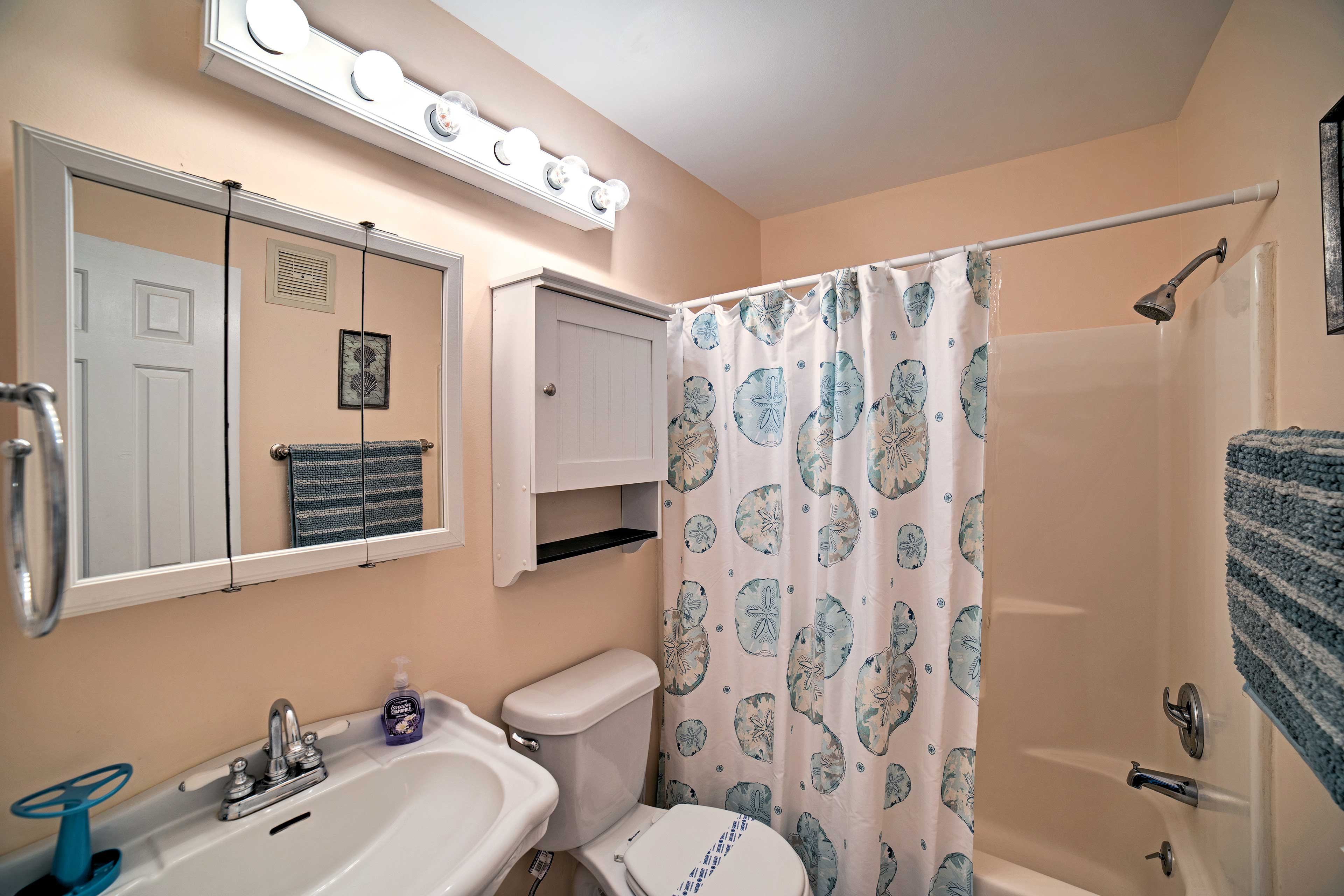 Wake up with a refreshing shower in the master bathroom.