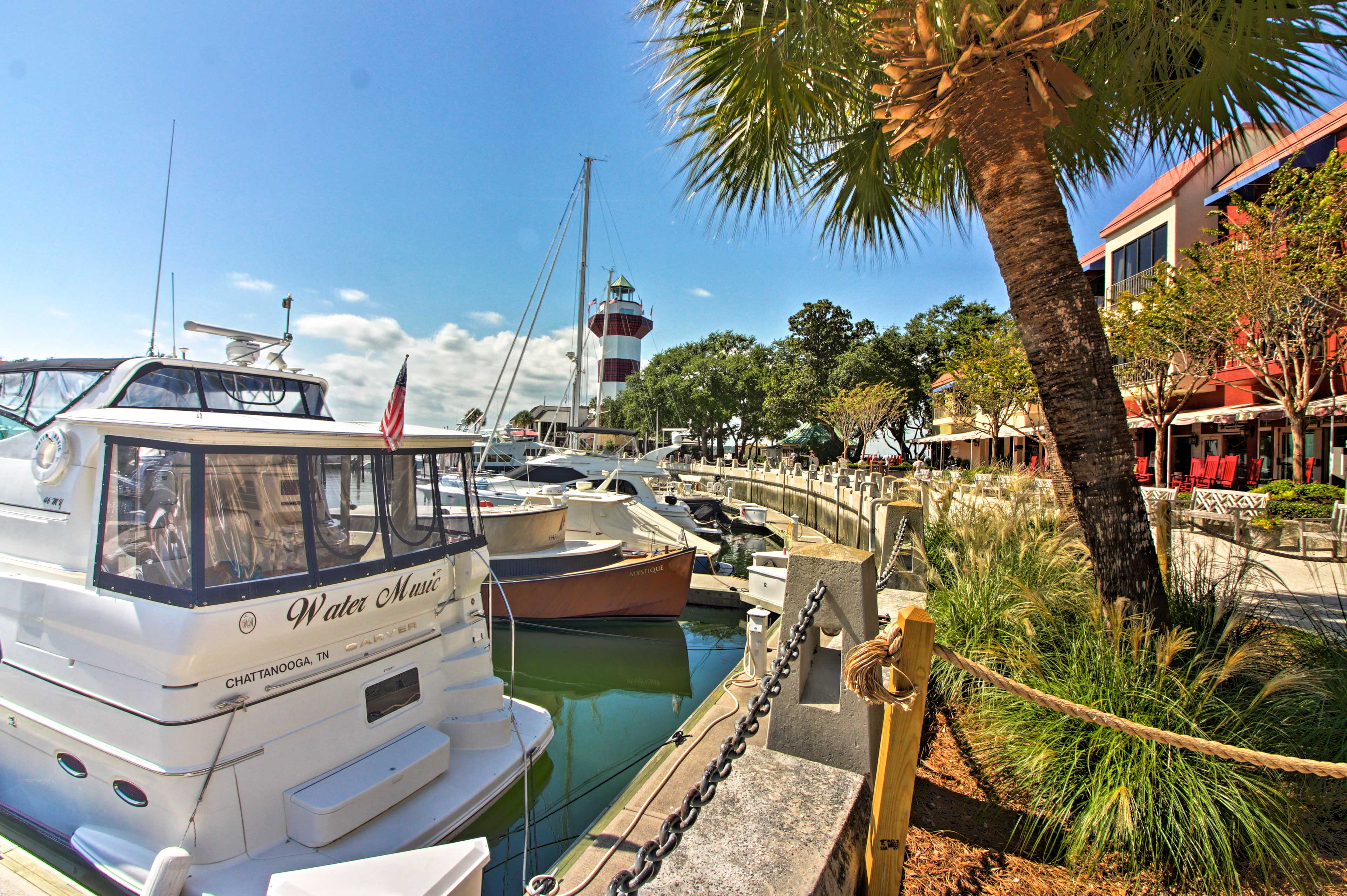 Book this exceptional vacation rental condo for your next stay in Hilton Head!
