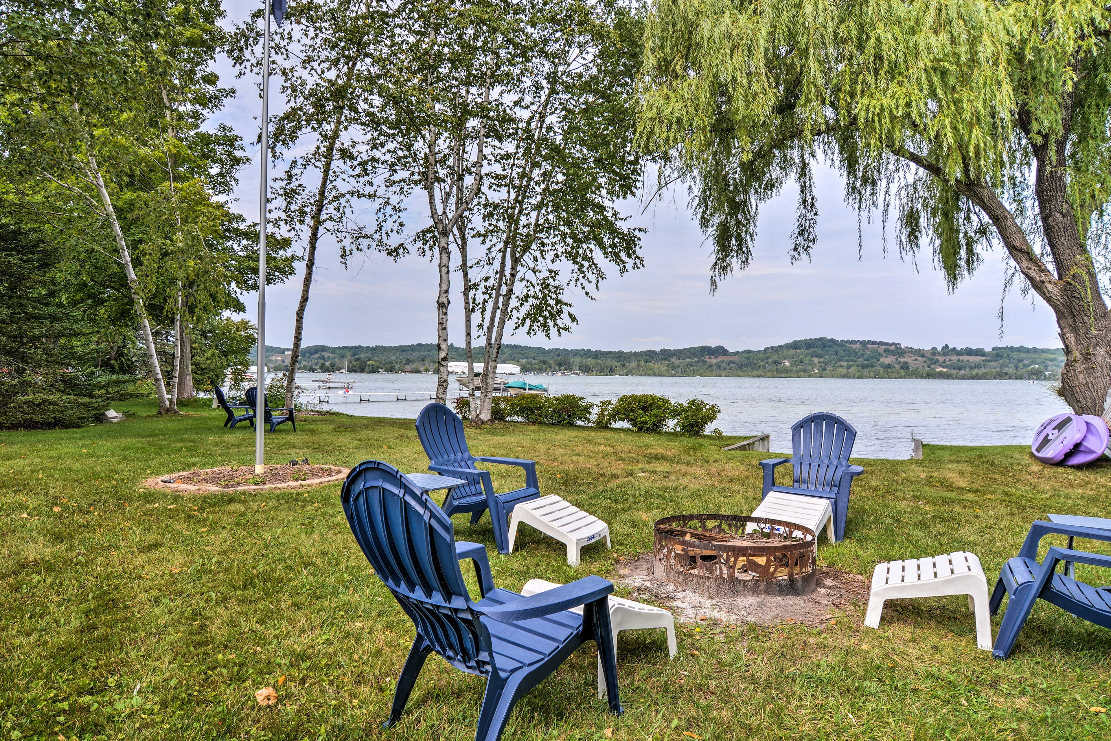 Escape to Northern Michigan and stay at this Lake Leelanau getaway!