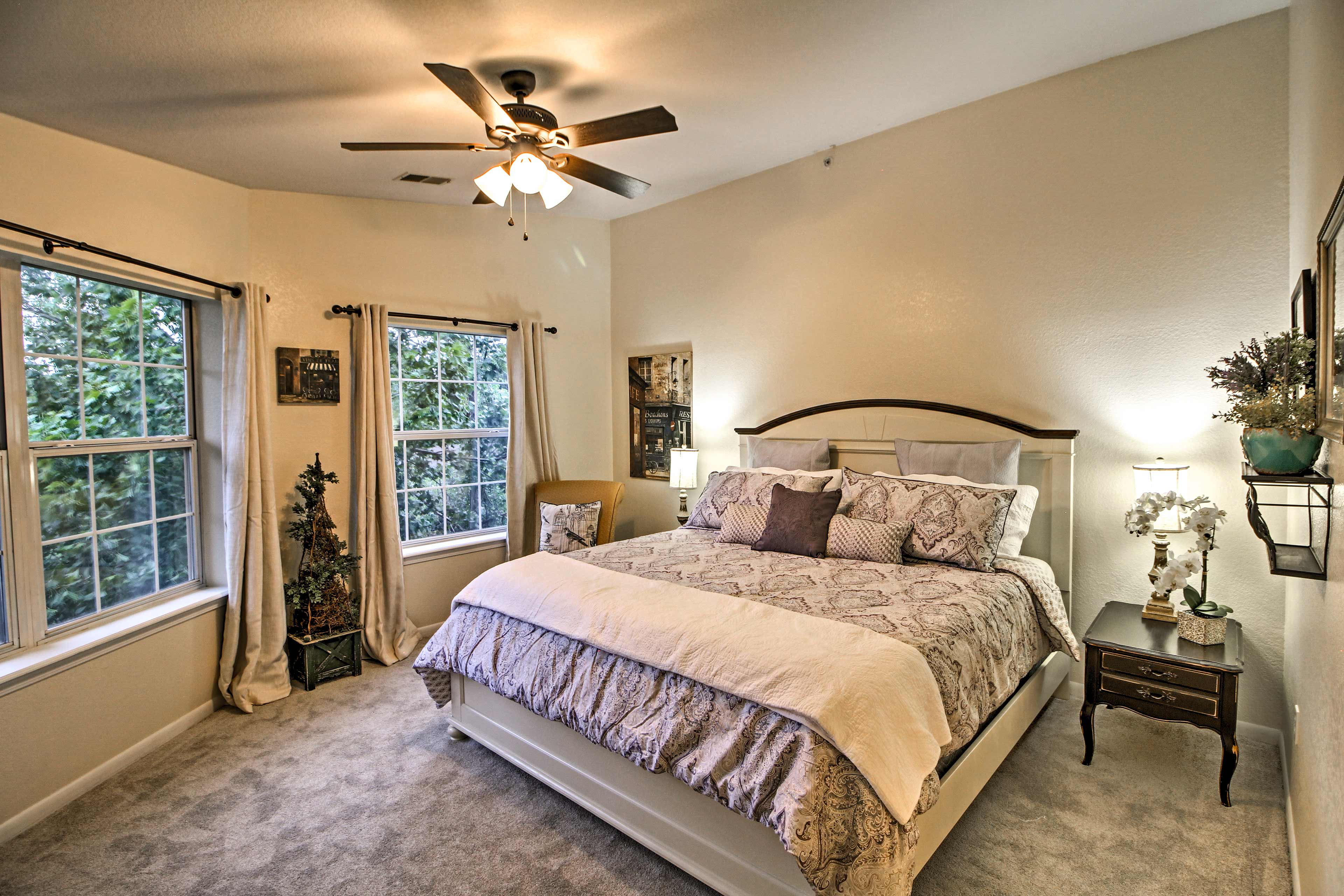 Fall back on the comfy king bed in the well-appointed master bedroom.