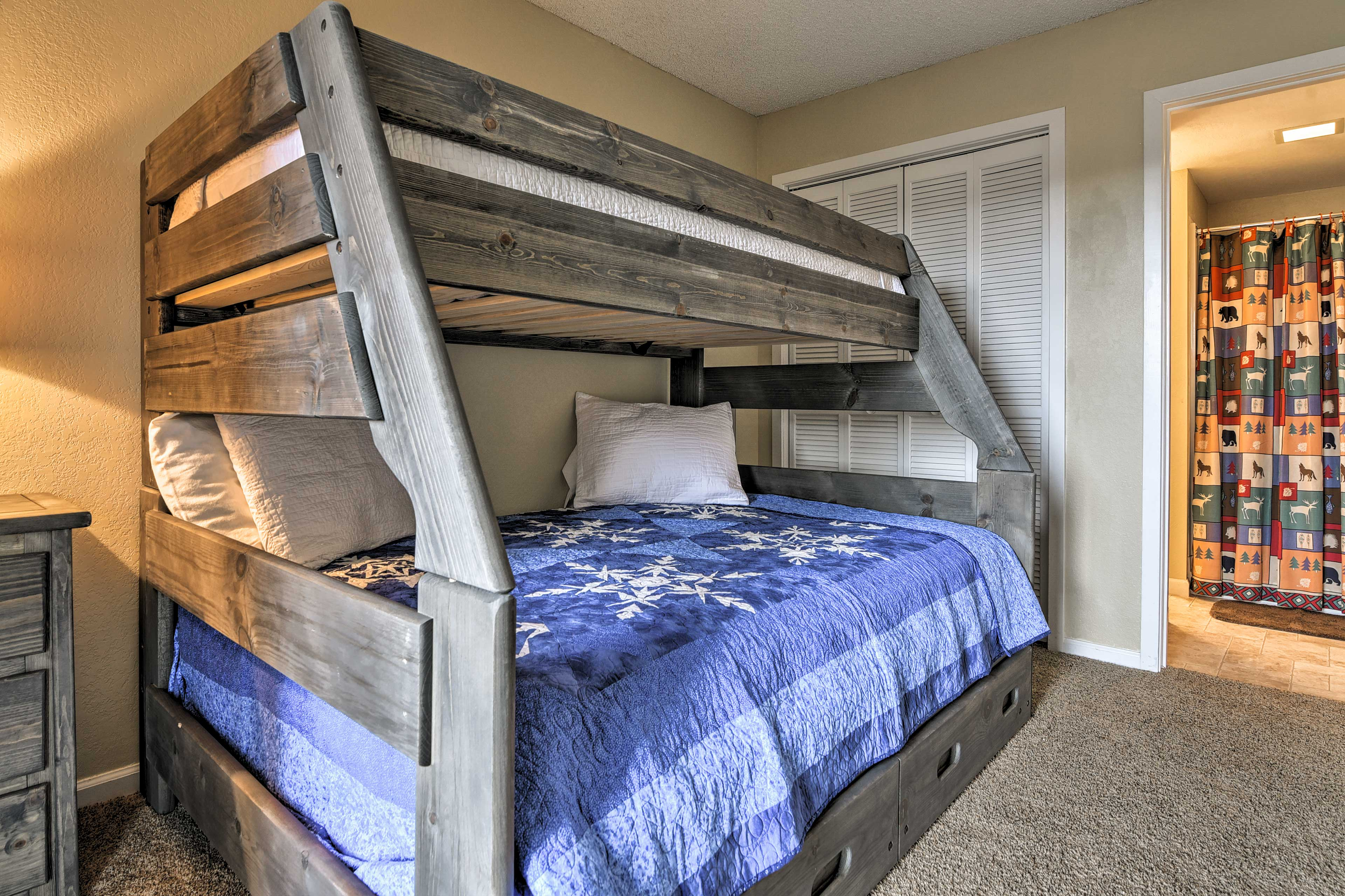 There's a twin trundle bed available for additional sleeping space.