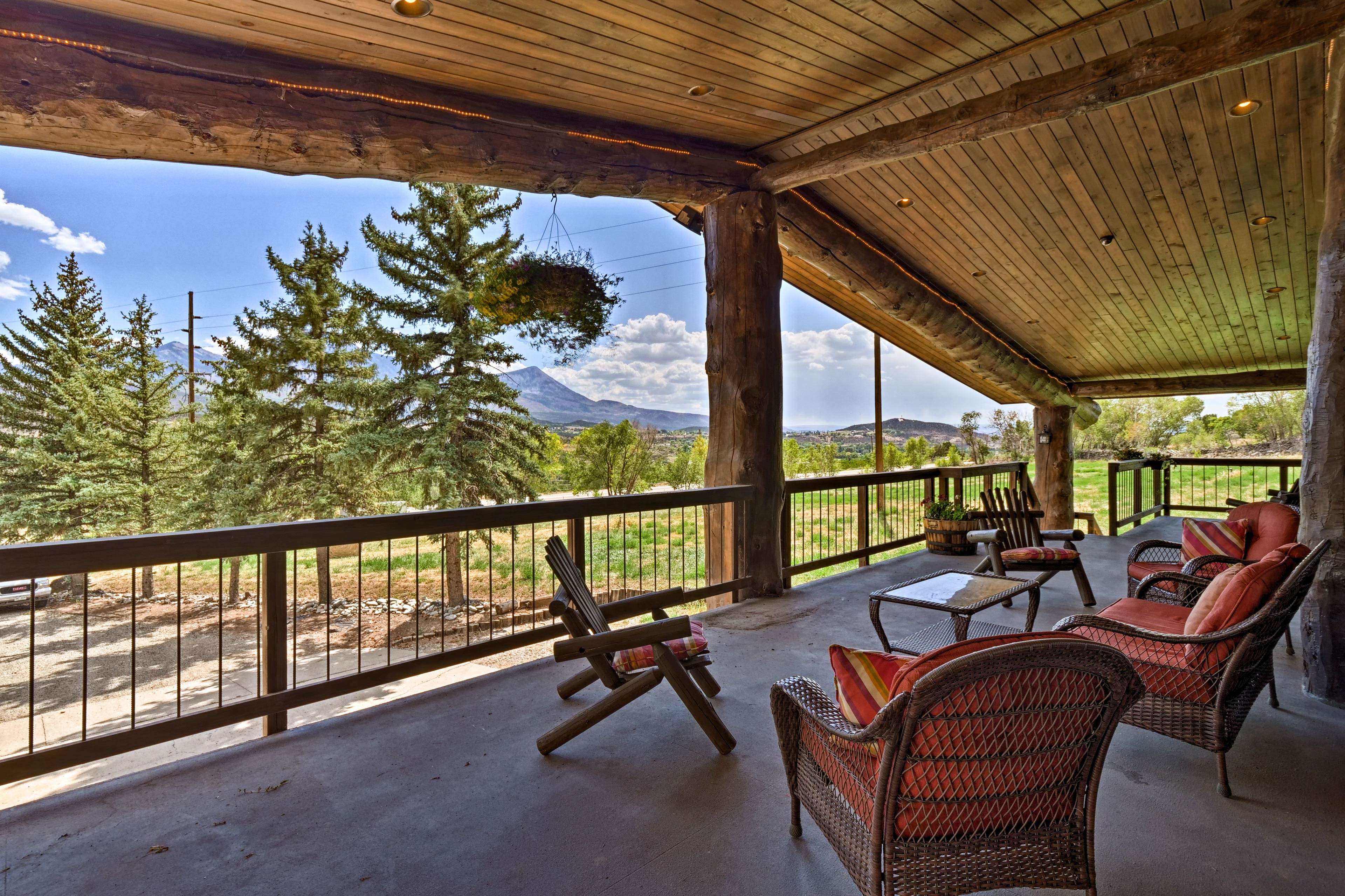 The vacation rental apartment includes access to this spacious front deck!