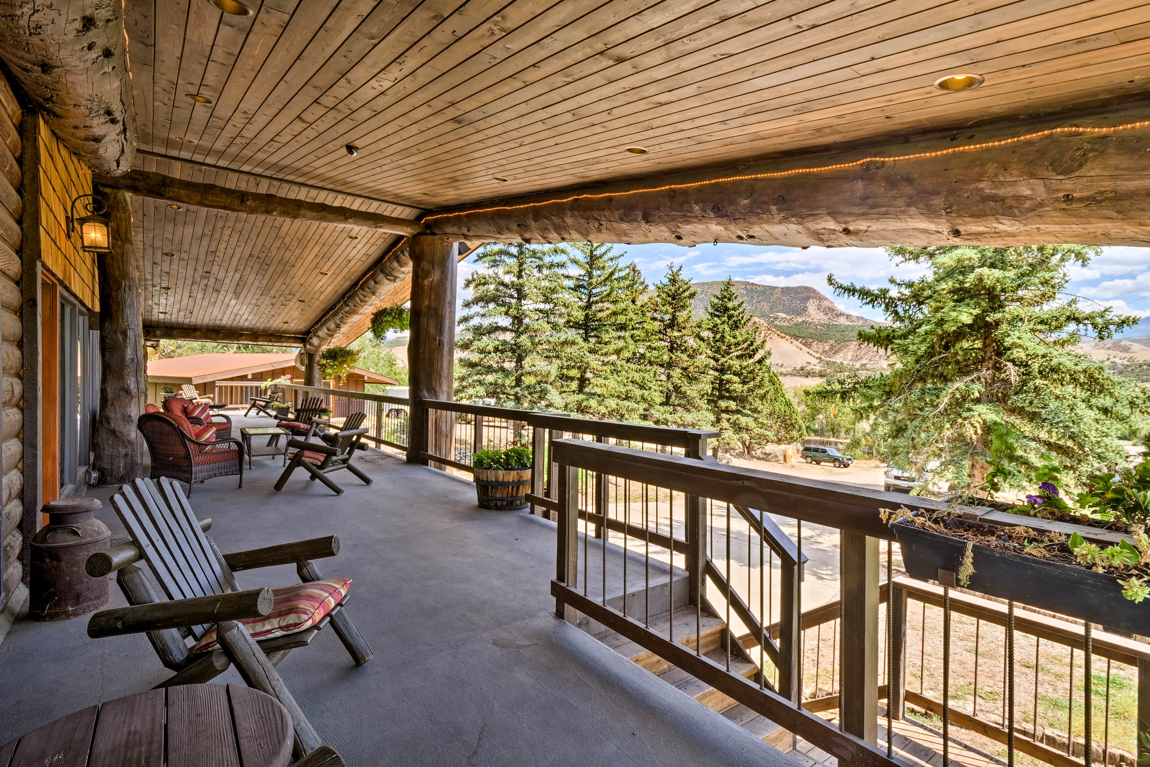 You won't want to leave the front porch with views like this.