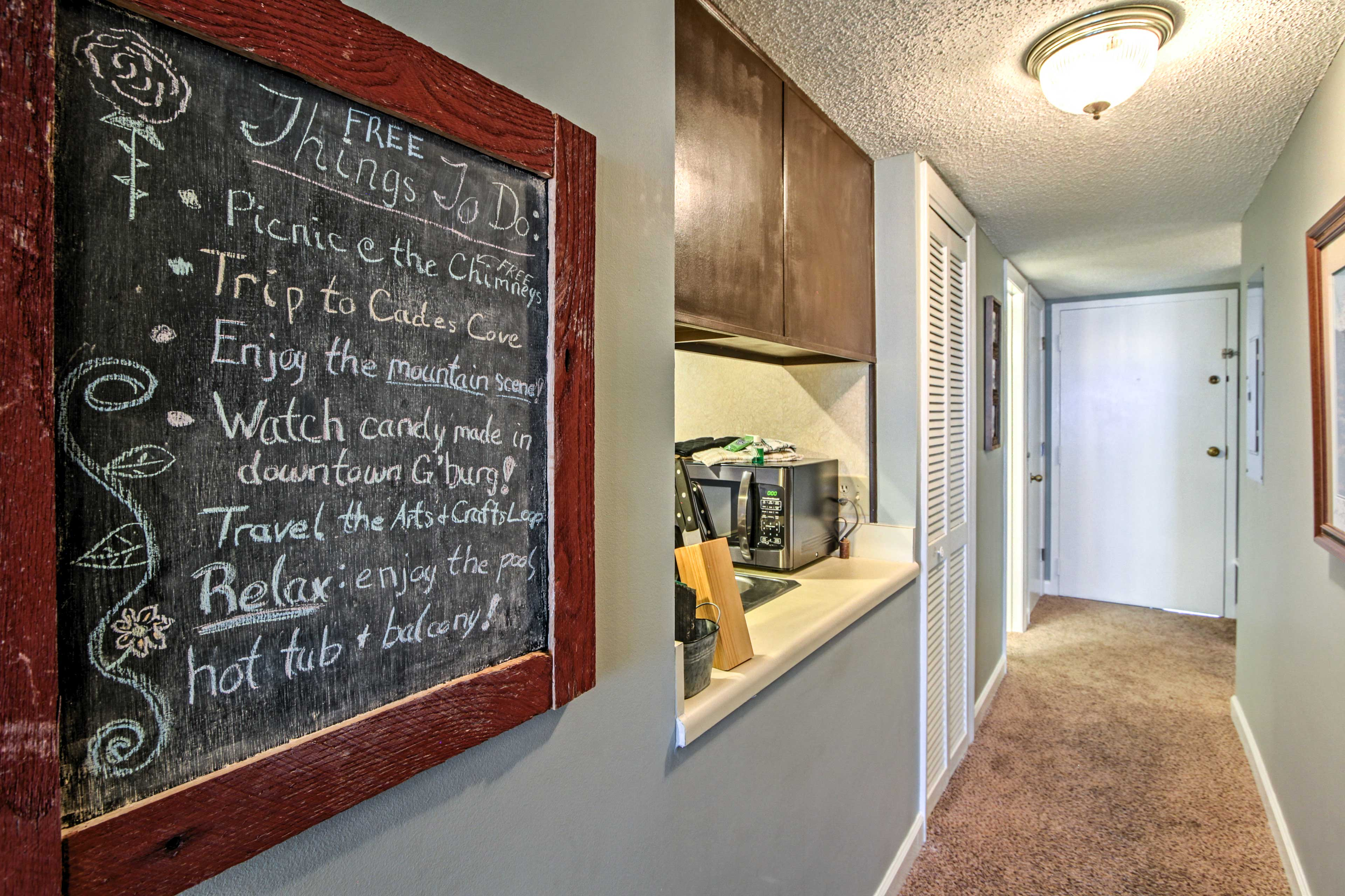 This condo also provides a list of budget-friendly attractions in the area.