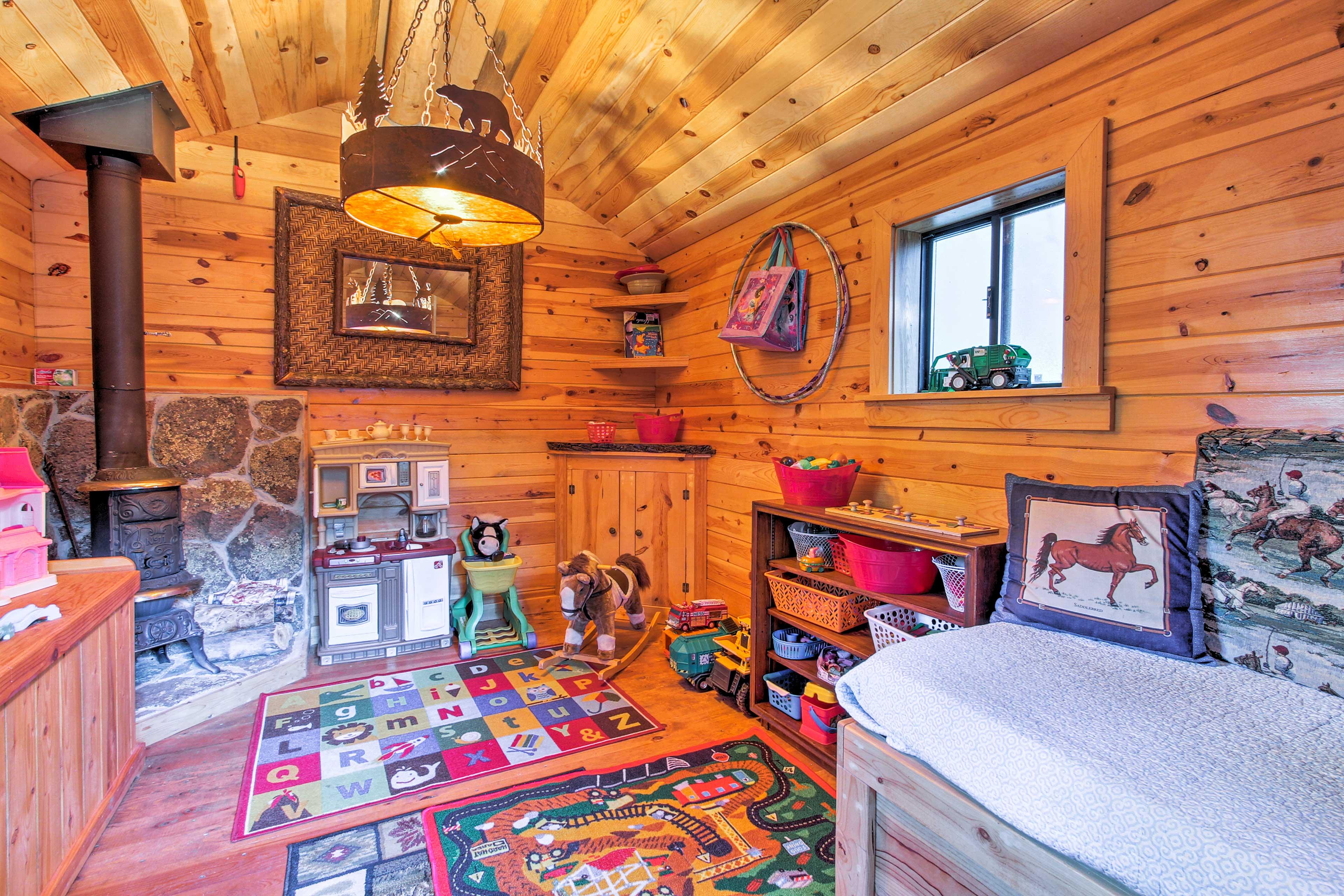 Shared Toy Cabin