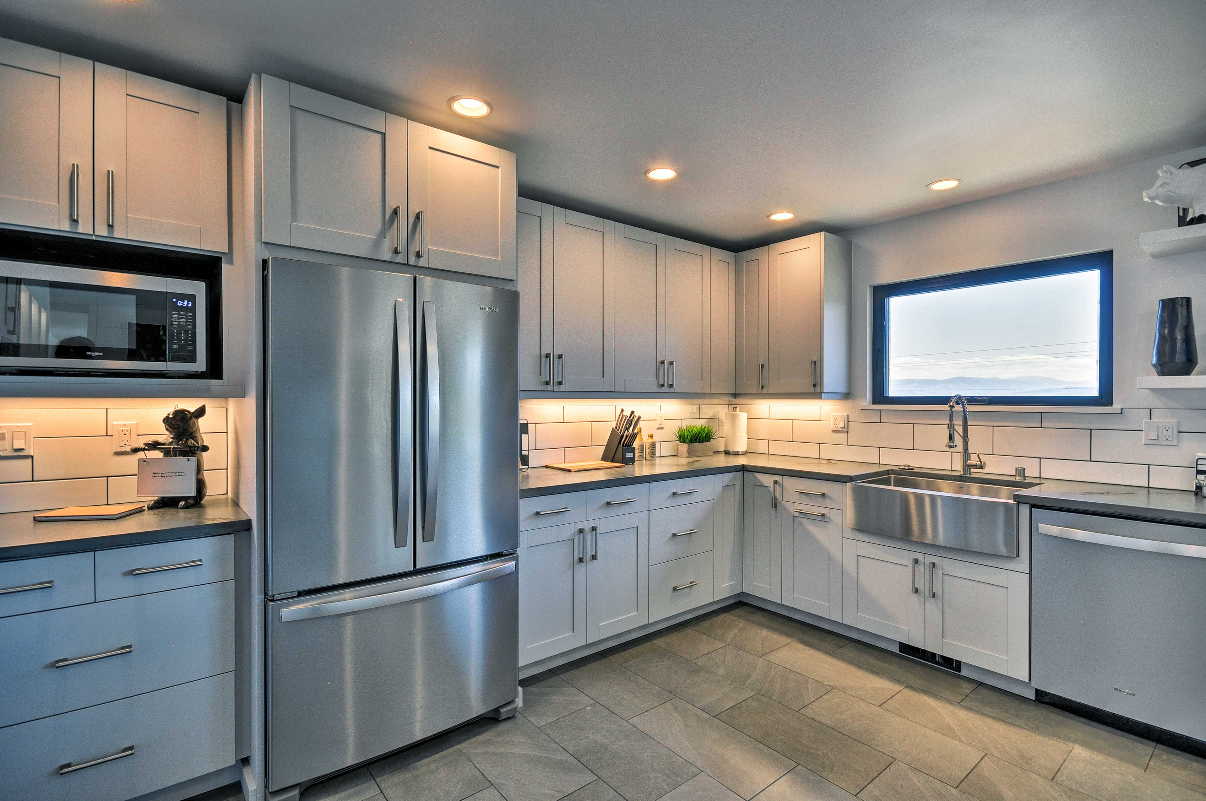 The stainless steel appliances will inspire your inner Top Chef.