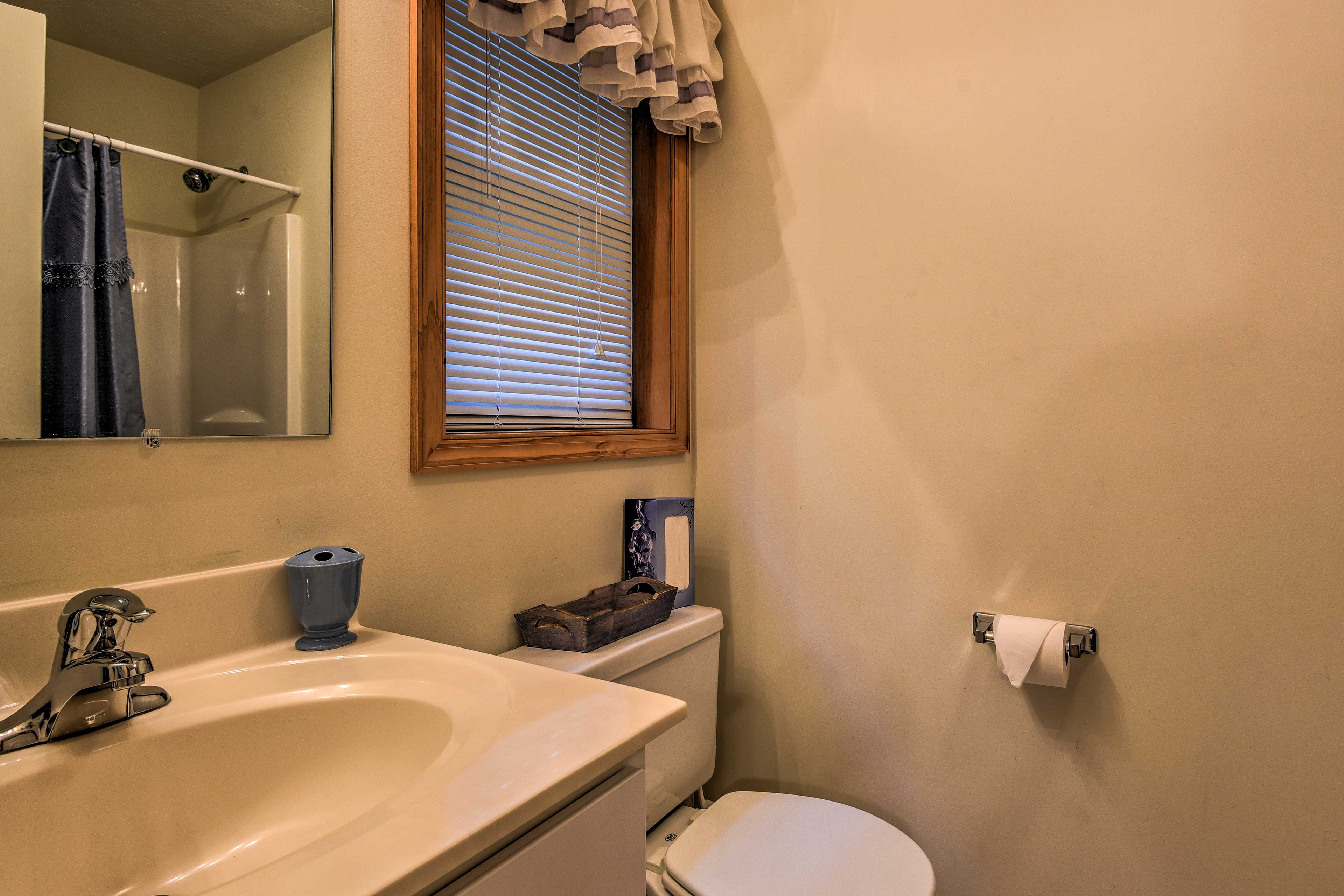 This home features 2 full bathrooms.