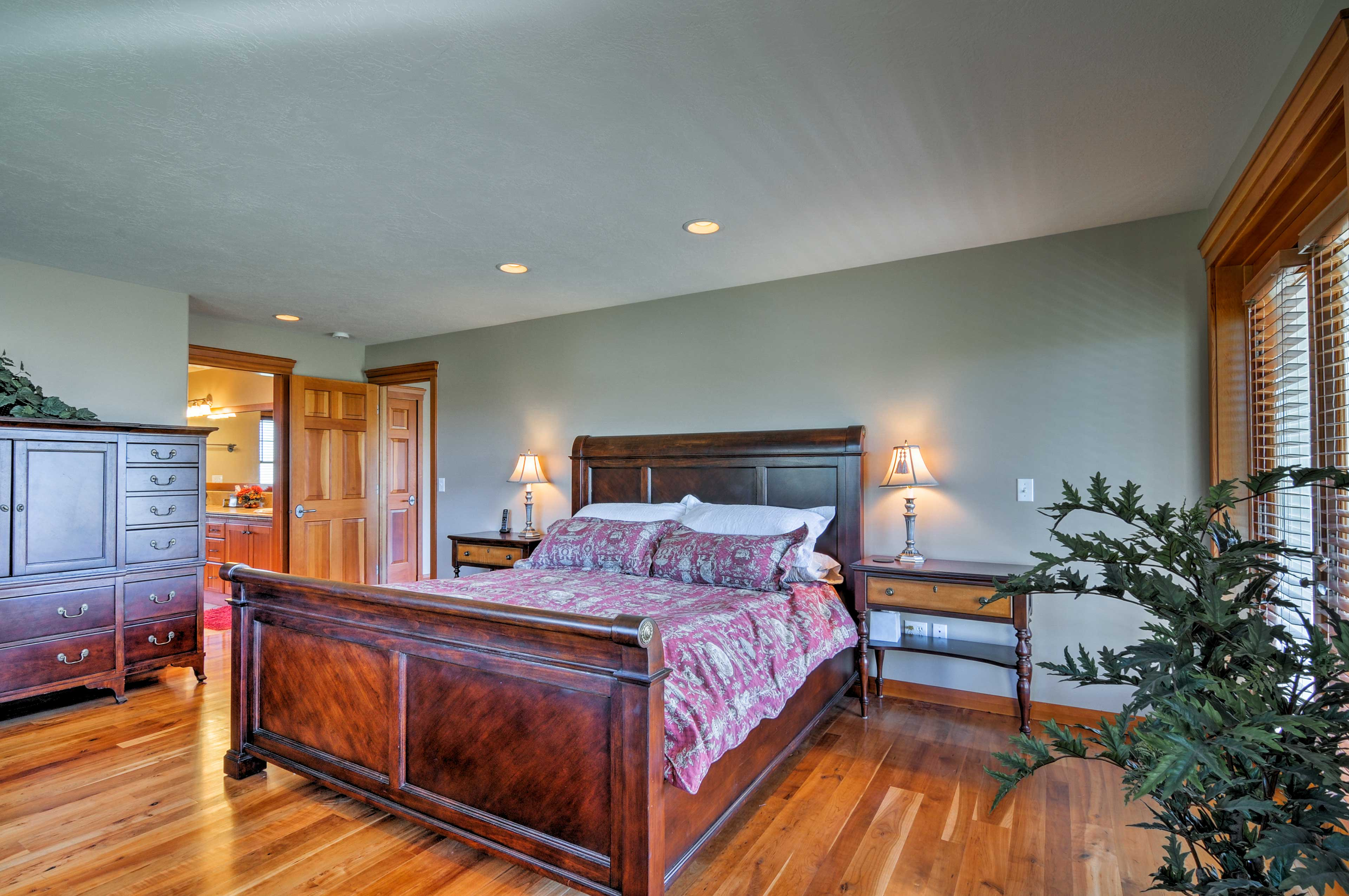 Sleep soundly in this elegant king-sized bed.