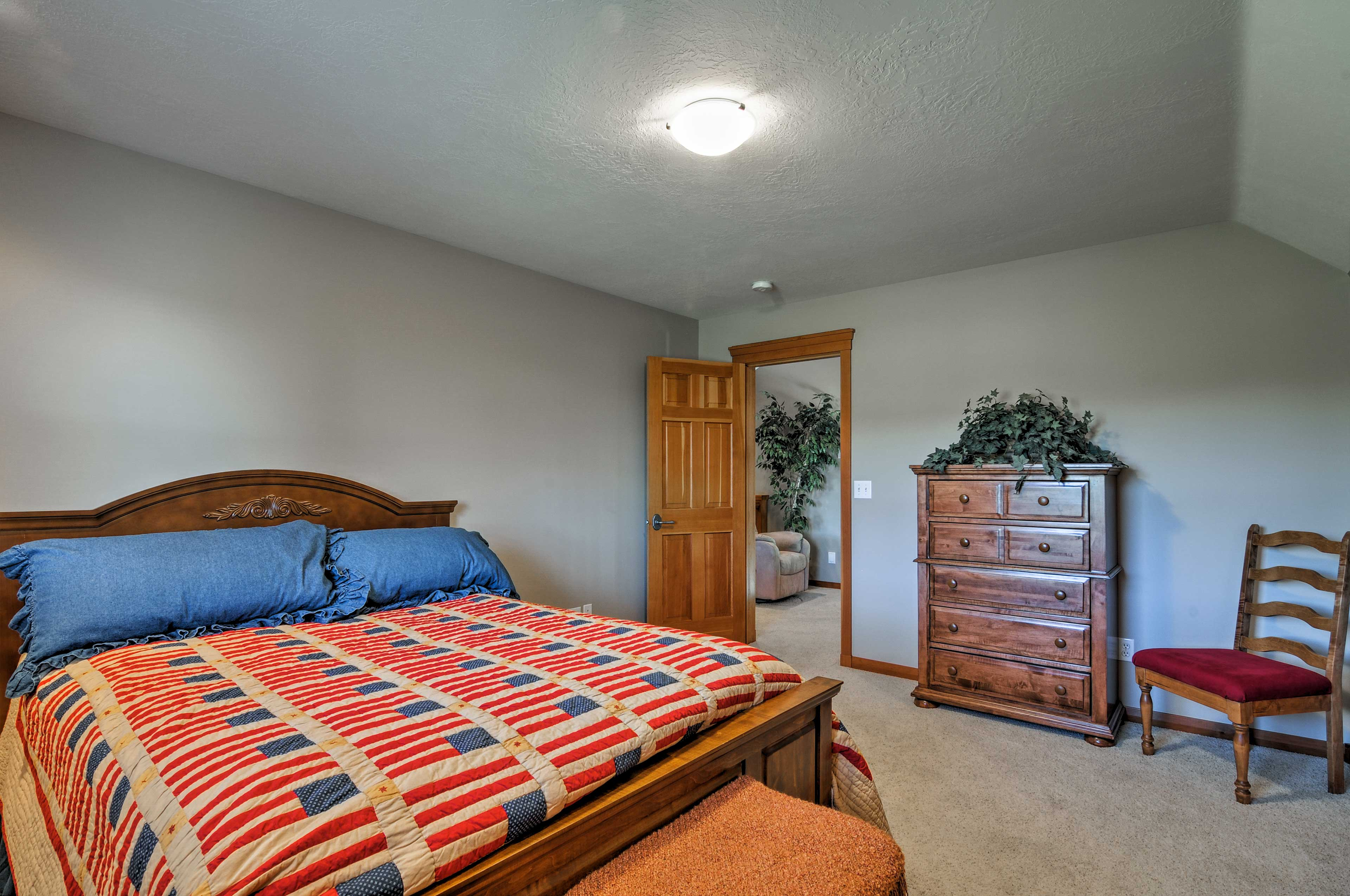Two guests can stay in the cozy third bedroom.