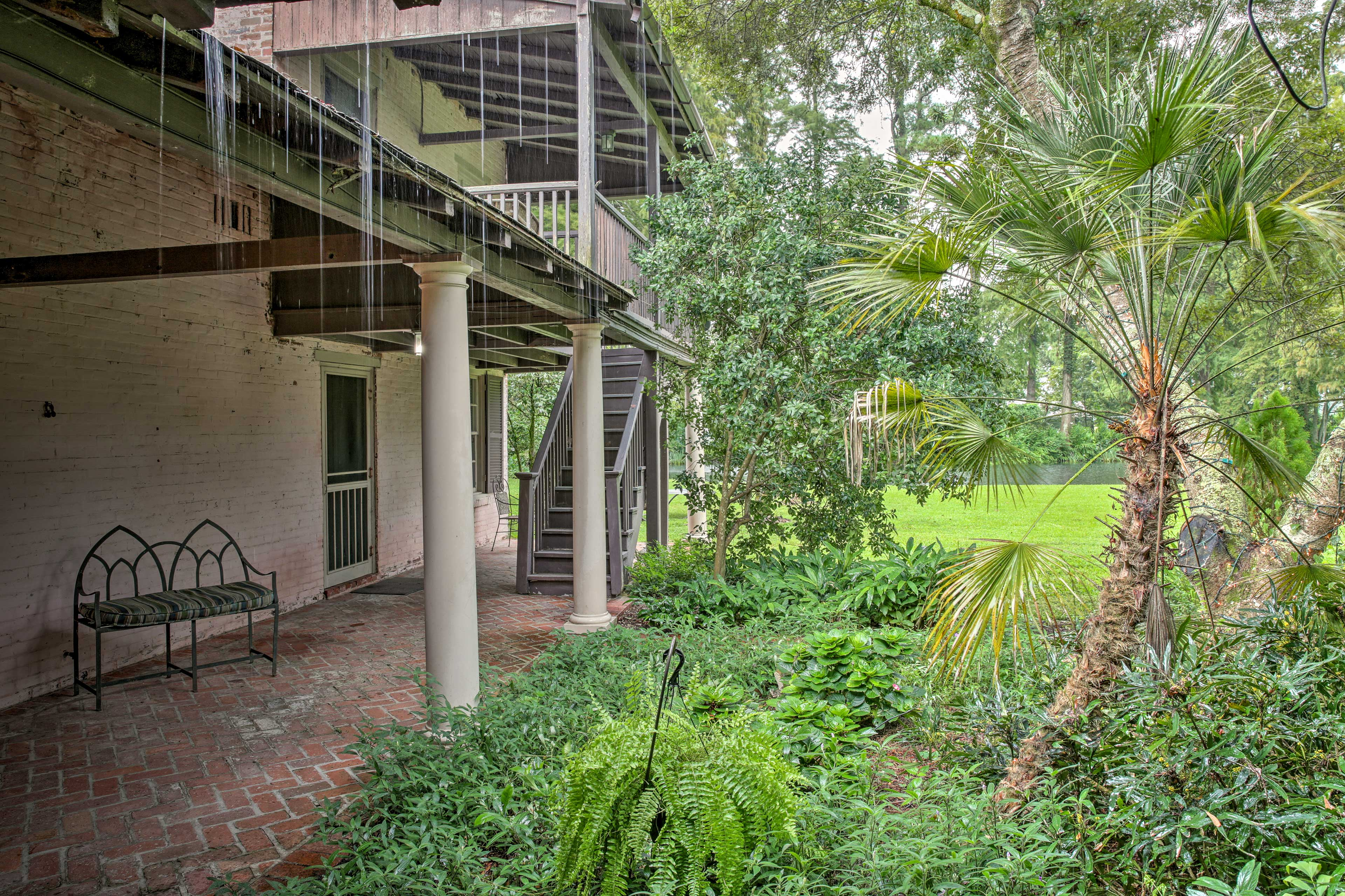 The home is located just minutes from downtown and LSU!