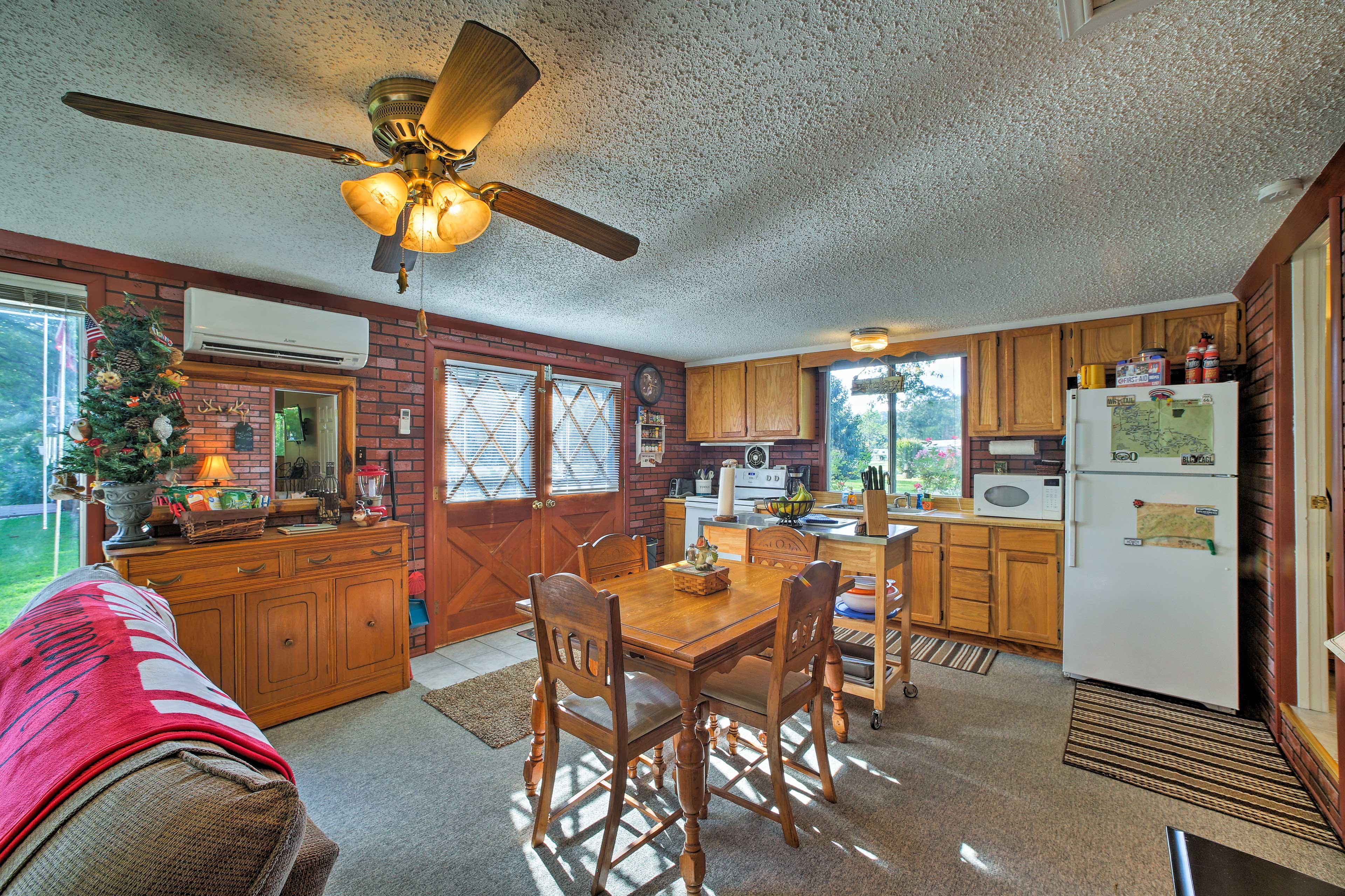 The cottage features a welcoming open-concept floor plan.