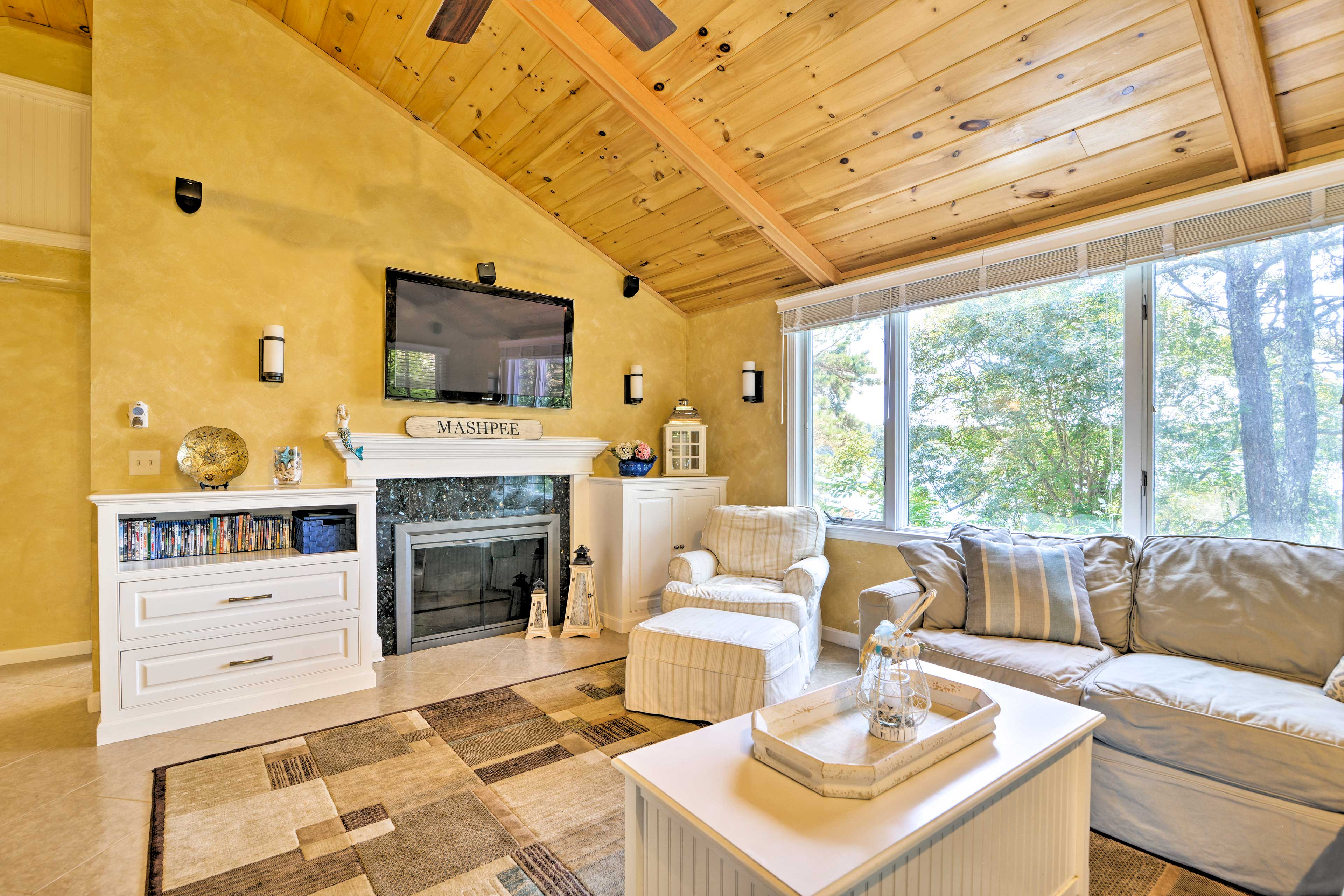 You're sure to love the dazzling interior offering all the comforts of home!