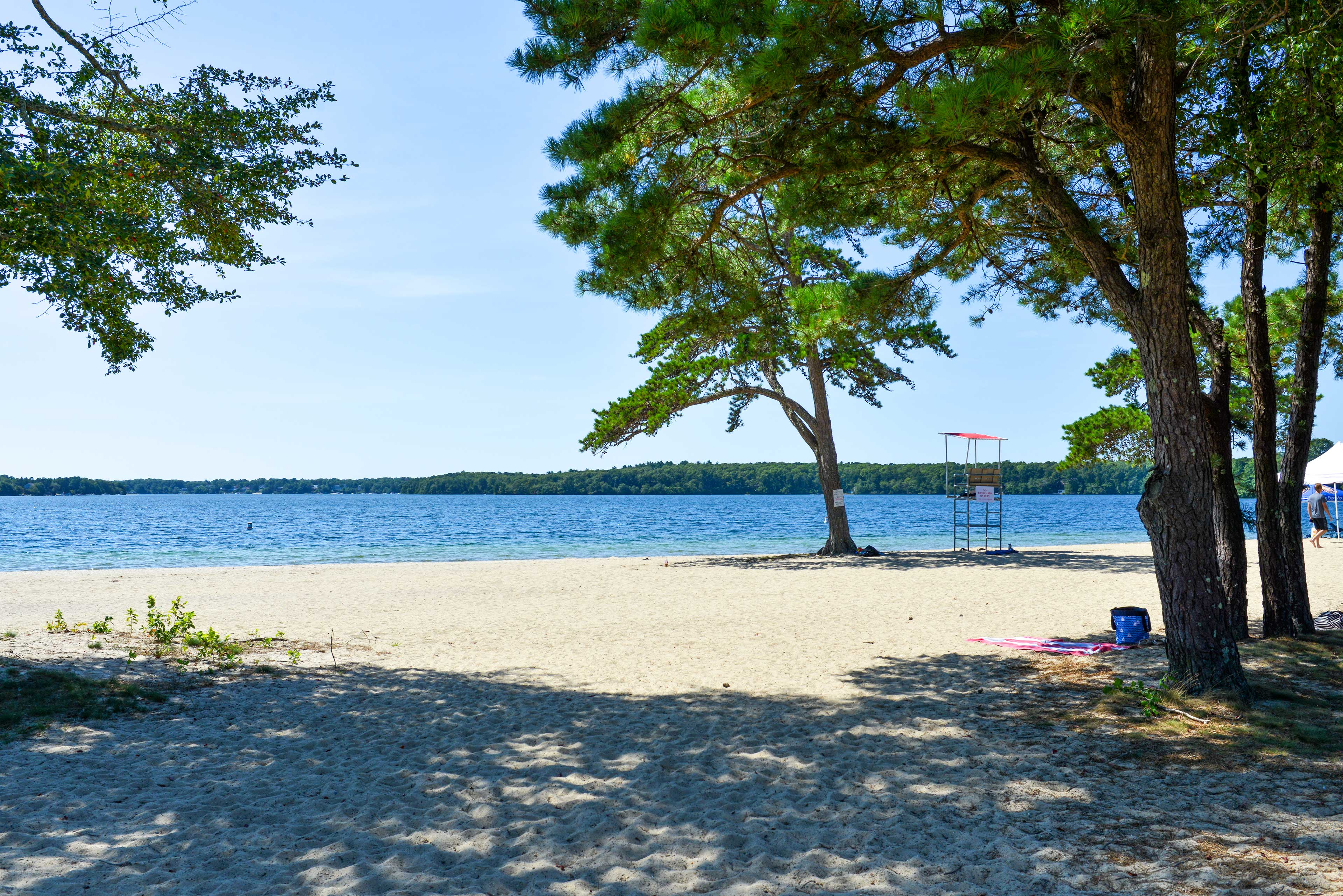 Spend an unforgettable day on the sandy shores of the park!