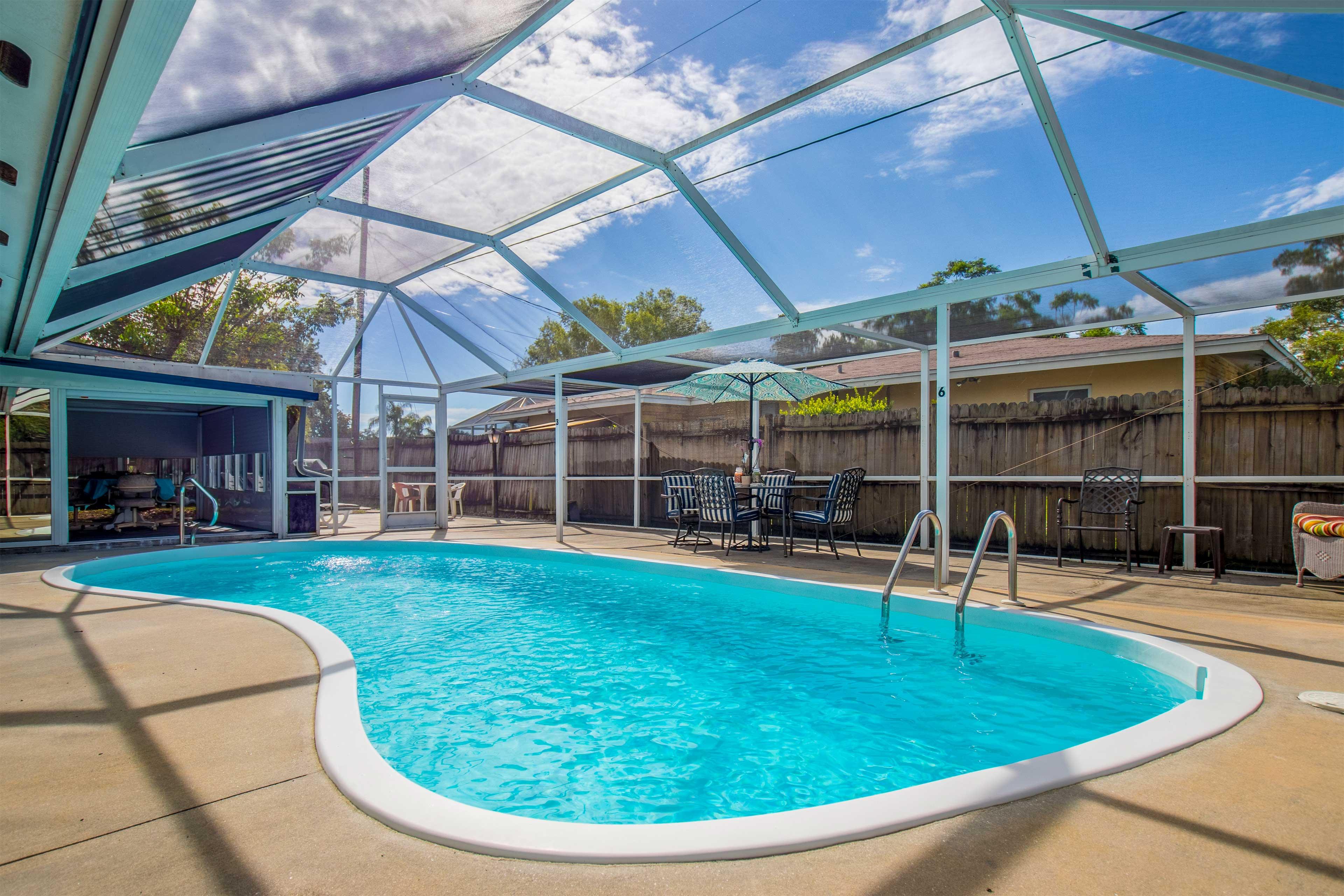 Bradenton Vacation Rental Home   2BR   2BA   1,750 Sq Ft